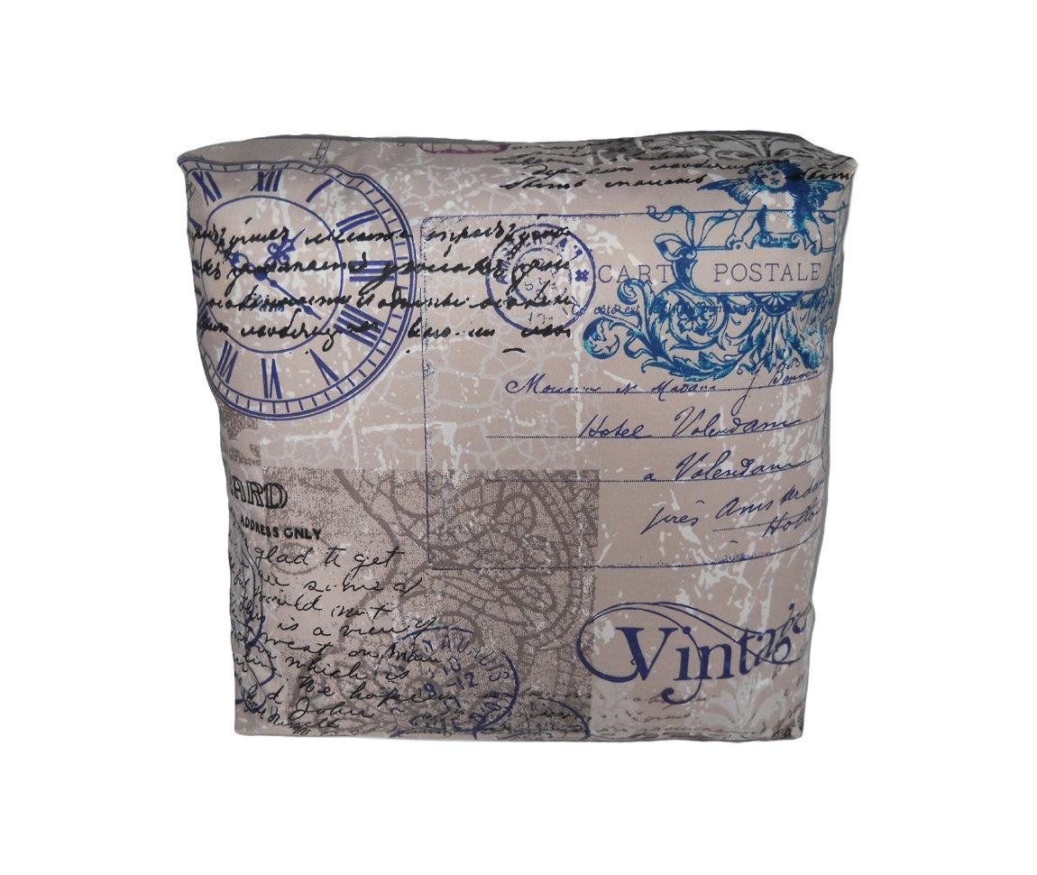 Декоративная подушка Vintage Time GreyПрямоугольные подушки и наволочки<br>Дизайнерская подушка-открытка двусторонняя, со съемным чехлом на молнии. Форма подушки каре- прямоугольник, что делает ее особенно интересной в интерьере. Хорошо будет смотреться в интерьере стиля Прованс и Арт-Деко. Подушка сделана из испанской ткани - скотчгард (печатный хлопок), вторая сторона выполнена из велюра. Цвет обратной стороны - серый.<br><br>Material: Велюр<br>Ширина см: 45<br>Высота см: 45<br>Глубина см: 18