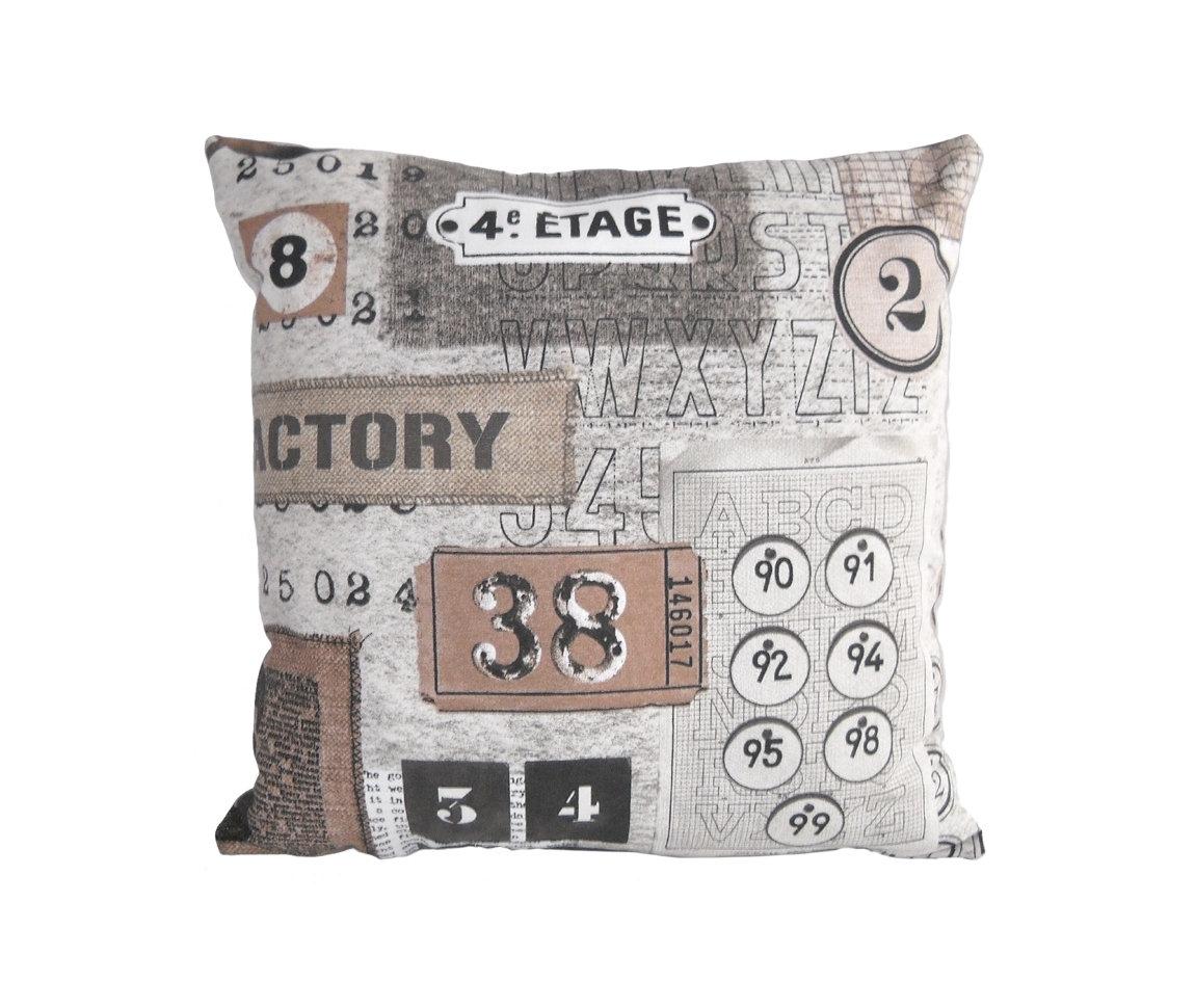 Декоративная подушка Numbers GreyКвадратные подушки и наволочки<br>Декоративная подушка-открытка двусторонняя, классической формы со съемным чехлом на молнии. Испанская ткань скотчгард с рисунком цифр, обратная стороны сделана из велюра. Хорошо будет смотреться в прихожей, гостиной и кабинете. Подходит для интерьеров в стиле хай-тек и модерн. Цвет обратной стороны - серый.<br><br>Material: Велюр<br>Ширина см: 45<br>Высота см: 45<br>Глубина см: 18