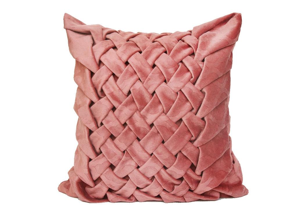 Декоративная подушка Нежная розаКвадратные подушки и наволочки<br>Декоративная подушка ручной работы с плетением в форме колоса, выполнена из мебельного велюра, чехол на молнии, внутри шелковая подкладка и подушка думка с цветочным рисунком и наполнением из холлофайбера.<br><br>Material: Велюр<br>Width см: 40<br>Depth см: 15<br>Height см: 40