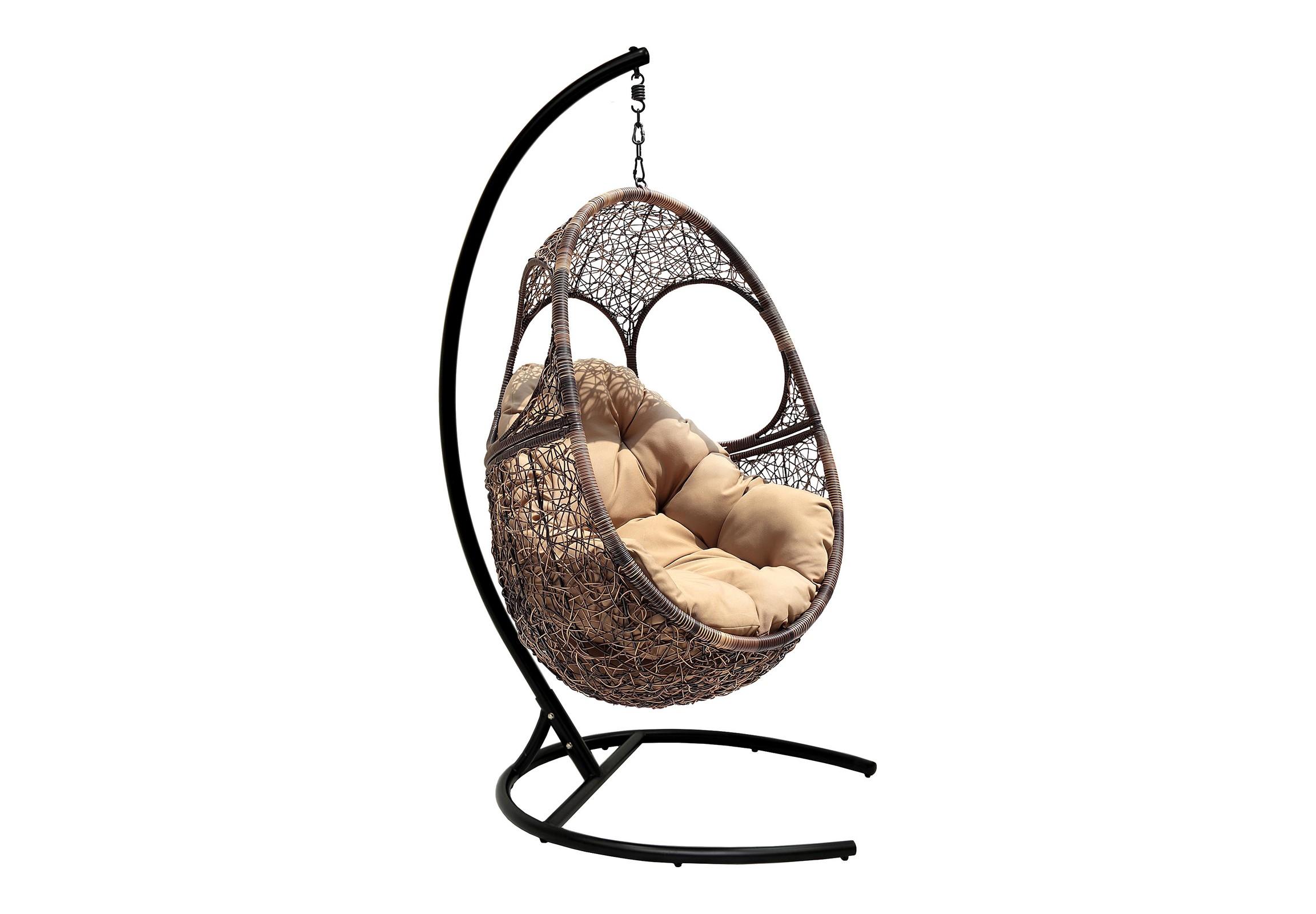 Кресло подвесное SolarПодвесные кресла<br>Подвесное кресло Solar - удобное кресло с оригинальным дизайном. Дизайн этой модели дает возможность запрокинуть голову или вытянуть руки, что делает его особенно комфортным. Сборка простая и не требует специальных навыков и умений.&amp;amp;nbsp;&amp;lt;span style=&amp;quot;line-height: 24.9999px;&amp;quot;&amp;gt;Конструкция кресла сборно-разборная, что выгодно сказывается на стоимости доставки.&amp;amp;nbsp;&amp;lt;/span&amp;gt;&amp;lt;div&amp;gt;&amp;lt;br&amp;gt;&amp;lt;/div&amp;gt;&amp;lt;div&amp;gt;Материал каркаса:  сталь&amp;amp;nbsp;&amp;lt;/div&amp;gt;&amp;lt;div&amp;gt;Оплетка:  круглый искусственный ротанг&amp;amp;nbsp;&amp;lt;/div&amp;gt;&amp;lt;div&amp;gt;Цвет каркаса:  черный&amp;amp;nbsp;&amp;lt;/div&amp;gt;&amp;lt;div&amp;gt;Выдерживаемая нагрузка, кг:  120&amp;amp;nbsp;&amp;lt;/div&amp;gt;&amp;lt;div&amp;gt;Размер чаши: 90х72х135 см&amp;amp;nbsp;&amp;lt;/div&amp;gt;&amp;lt;div&amp;gt;Размер основания: 103х123х195 см&amp;amp;nbsp;&amp;lt;/div&amp;gt;&amp;lt;div&amp;gt;Конструкция кресла:  сборно-разборное&amp;amp;nbsp;&amp;lt;/div&amp;gt;&amp;lt;div&amp;gt;Обьем, м3:  0,4&amp;amp;nbsp;&amp;lt;/div&amp;gt;&amp;lt;div&amp;gt;Вес, кг:  34&amp;lt;/div&amp;gt;<br><br>Material: Ротанг<br>Width см: 90<br>Depth см: 72<br>Height см: 135