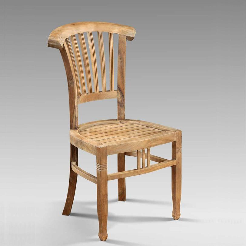 Стул IvyОбеденные стулья<br>Стул, моментально погружающий в атмосферу загородного дома, наполненного теплом и солнцем, где вся семья собралась за большим столом, а бабушка угощает своими отменными кушаньями. Реечные спинка и сидения. Возможен вариант в цвете: стул будто раскрасил непоседа-малыш. Идеальный вариант для детской еще и по причине экологичности материала.<br>в наличии нет, под заказ - 6 мес<br><br>Material: Тик<br>Length см: None<br>Width см: 49<br>Depth см: 44<br>Height см: 97<br>Diameter см: None