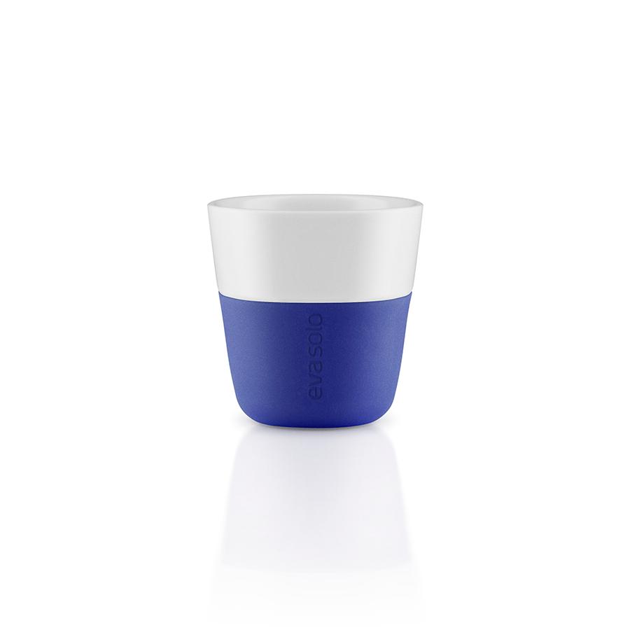 Чашки для эспрессоЧайные пары и чашки<br>Чашка для эспрессо от Eva Solo рассчитана на 80 мл - классическое количество эспрессо, а также стандарт для большинства кофе-машин. Чашка сделана из фарфора и имеет специальный силиконовый чехол, чтобы её можно было держать в руках, не рискуя обжечь пальцы. Чехол легко снимается, и чашку можно мыть в посудомоечной машине. Умные и красивые предметы посуды от Eva Solo будут украшением любой кухни!<br><br>Material: Пластик<br>Height см: 6<br>Diameter см: 6