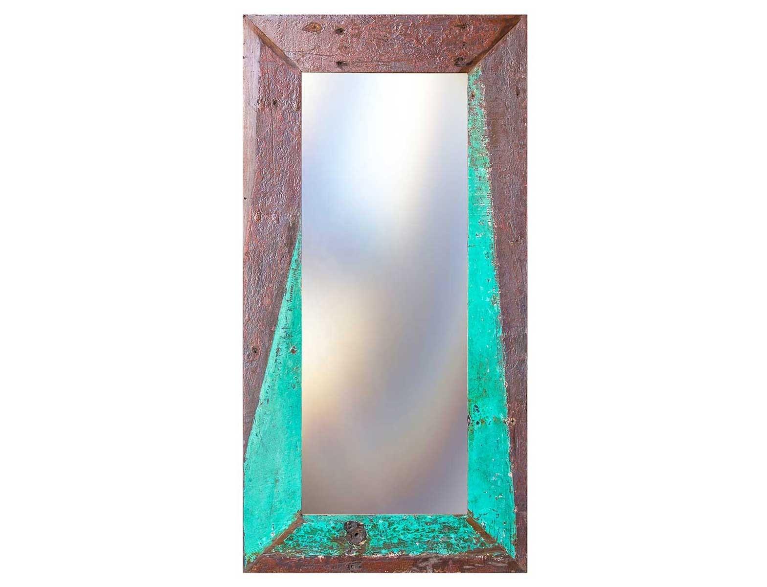 Зеркало Свет мой зеркальцеНастенные зеркала<br>Зеркало выполнено из фрагментов настоящего рыболовецкого судна, возраст которого 20-40 лет. Окрас сохранён оригинальный.<br><br>Material: Тик<br>Ширина см: 90<br>Высота см: 180<br>Глубина см: 3