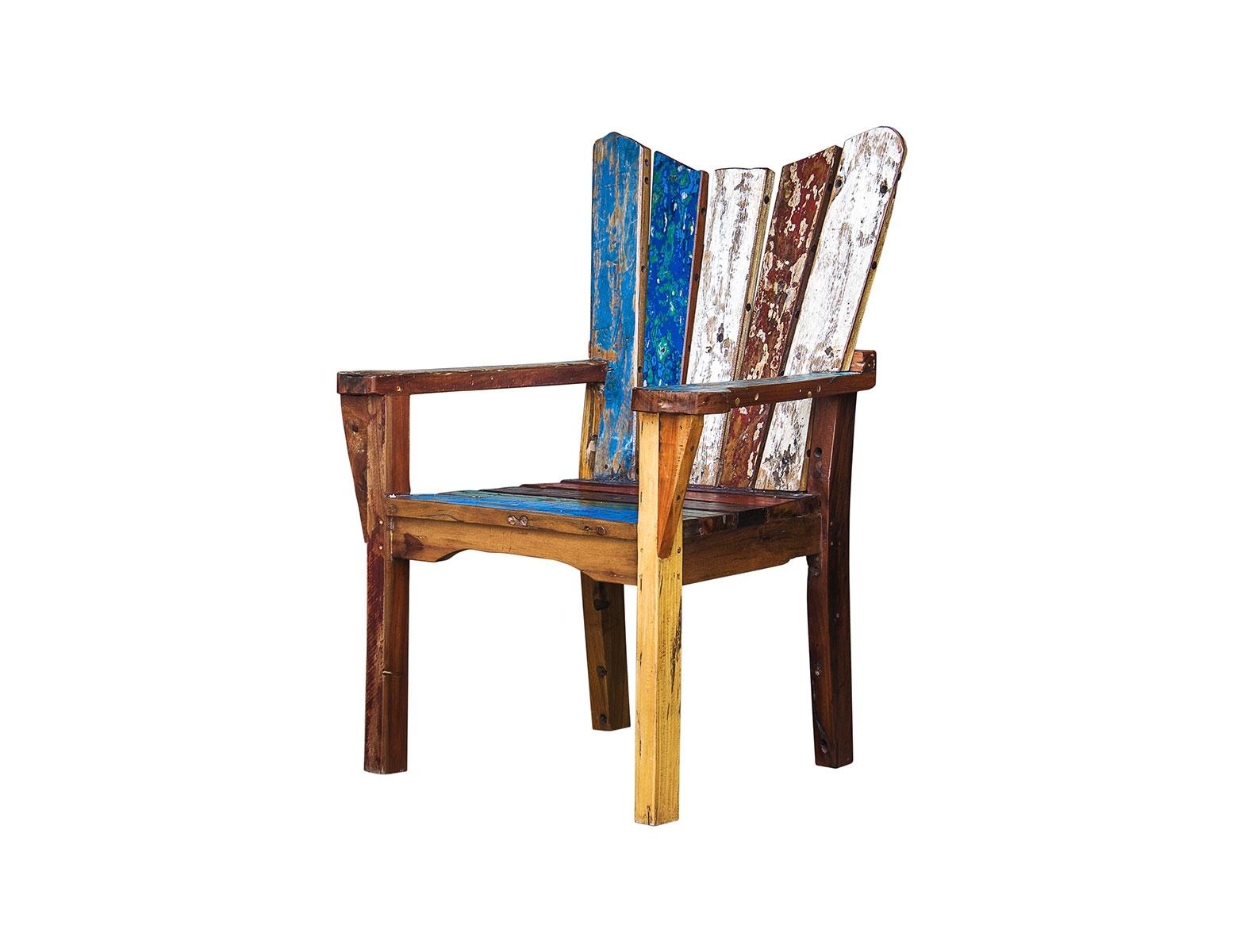 Кресло ЧеховПолукресла<br>Кресло, выполненное из массива древесины старого рыбацкого судна, такой как: тик, махагон, суар, с сохранением оригинальной многослойной окраски.<br><br>С 2 подлокотниками, подходит для работы и отдыха.<br>Подходит для использования как внутри помещения, так и снаружи.<br>Сборка не требуется.<br><br>Material: Тик<br>Width см: 75<br>Depth см: 65<br>Height см: 110