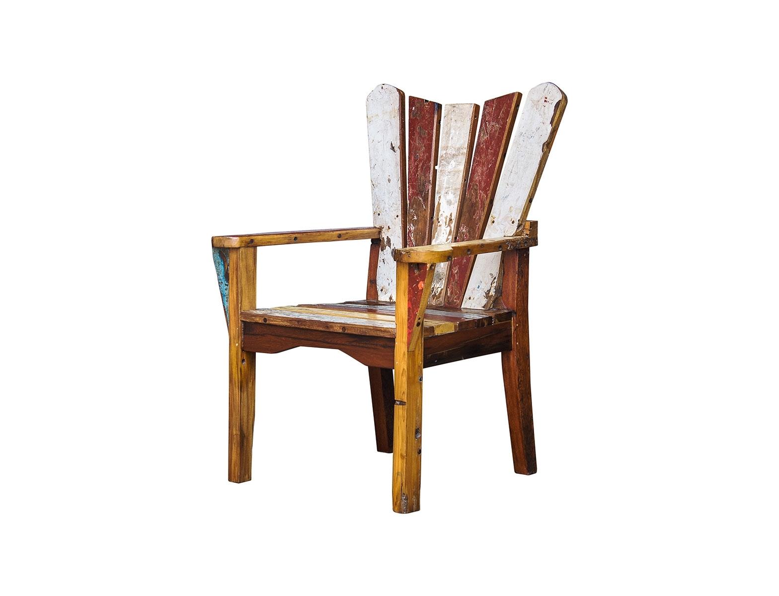 Кресло ЧеховКресла для сада<br>Кресло, выполненное из массива древесины старого рыбацкого судна, такой как: тик, махагон, суар, с сохранением оригинальной многослойной окраски.<br><br>С 2 подлокотниками, подходит для работы и отдыха.<br>Подходит для использования как внутри помещения, так и снаружи.<br>Сборка не требуется.<br><br>Material: Тик<br>Ширина см: 75.0<br>Высота см: 110.0<br>Глубина см: 65.0