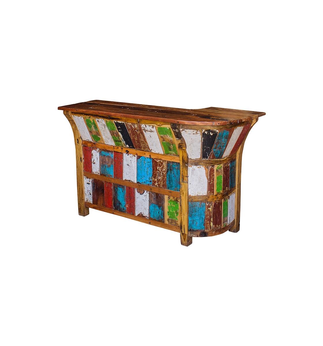 Барная стойка ФионаБарные столы<br>Барная стойка, выполненная из массива древесины старого рыбацкого судна с сохранением оригинальной многослойной окраски.<br><br>Имеет 3 полки во внутренней части бара.<br>Подходит для использования как внутри помещения, так и снаружи.<br>Сборка не требуется.<br><br>Material: Тик<br>Width см: 175<br>Depth см: 85<br>Height см: 115