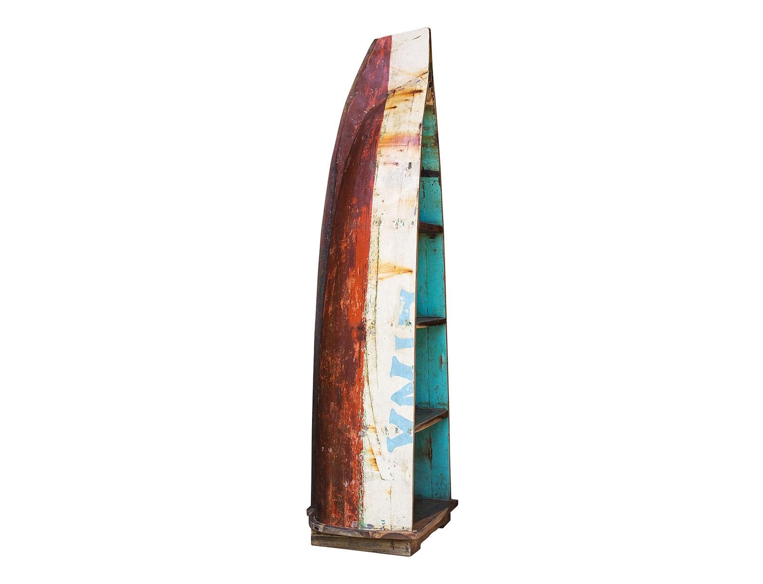 Лодка-стеллаж ГогенСтеллажи<br>Напольный стеллаж гигант, выполненный из старой рыбацкой лодки классической правильной формы с сохранением оригинальной многослойной окраски. Это увеличенная, более вместительная версия стандартного стеллажа из лодки.<br><br>Имеет 4 полки разной вместимости.<br>Подходит для использования как внутри помещения, так и снаружи.<br>Сборка не требуется.<br><br>Material: Тик<br>Width см: 80<br>Depth см: 63<br>Height см: 236