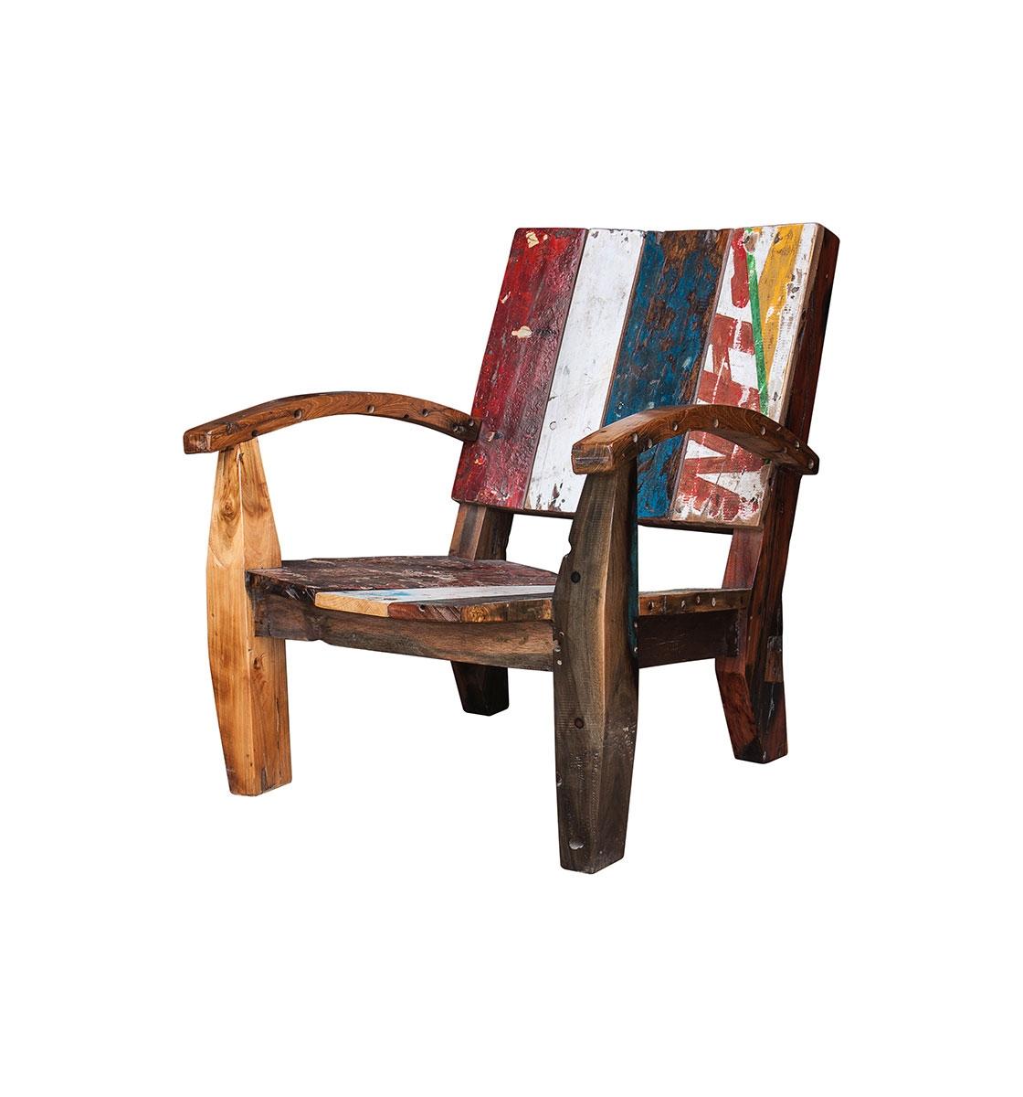 Кресло НьютонПолукресла<br>Кресло, выполненное из массива древесины старого рыбацкого судна, такой как: тик, махагон, суар, с сохранением оригинальной многослойной окраски.<br><br>С 2 подлокотниками, подходит для работы и отдыха.<br>Подходит для использования как внутри помещения, так и снаружи.<br>Сборка не требуется.<br><br>Material: Тик<br>Ширина см: 85.0<br>Высота см: 85.0<br>Глубина см: 80.0