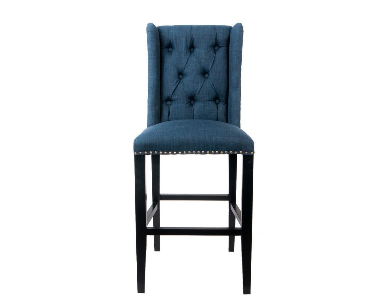 Барный стул SkiptonБарные стулья<br>Высокий барный стул выполнен из экологически чистого массива древесины высокого качества. Лаконичный дизайн и современный стиль модели сделают ваш интерьер еще более комфортным для жизни.&amp;amp;nbsp;<br><br>Material: Лен<br>Width см: 52<br>Depth см: 50<br>Height см: 125