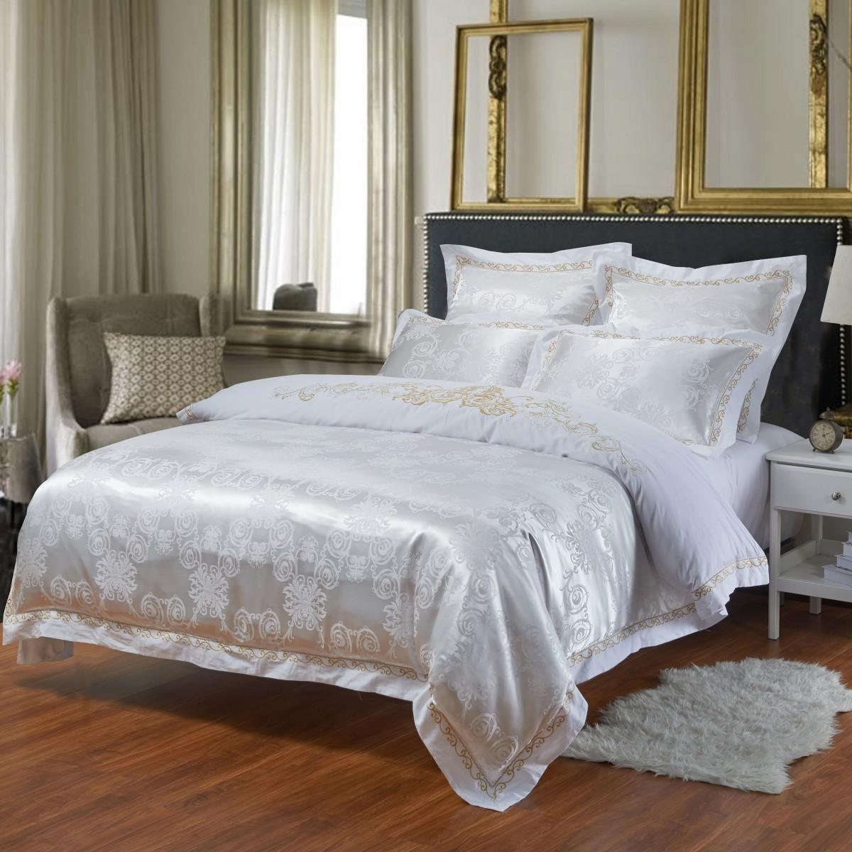 Комплект постельного бельяДвуспальные комплекты постельного белья<br>Роскошное постельное белье для изысканного вкуса.&amp;amp;nbsp;&amp;lt;div&amp;gt;&amp;lt;br&amp;gt;&amp;lt;div&amp;gt;В комплект входит:&amp;lt;br&amp;gt;&amp;lt;div&amp;gt;Пододеяльник: 220х200 см (1шт)&amp;amp;nbsp;&amp;lt;/div&amp;gt;&amp;lt;div&amp;gt;Простыня: 230х250 см (1шт)&amp;amp;nbsp;&amp;lt;/div&amp;gt;&amp;lt;div&amp;gt;Наволочки: 50х70 см (2шт); 70х70 см (2шт)&amp;lt;/div&amp;gt;&amp;lt;/div&amp;gt;&amp;lt;/div&amp;gt;<br><br>Material: Сатин<br>Length см: 220<br>Width см: 200