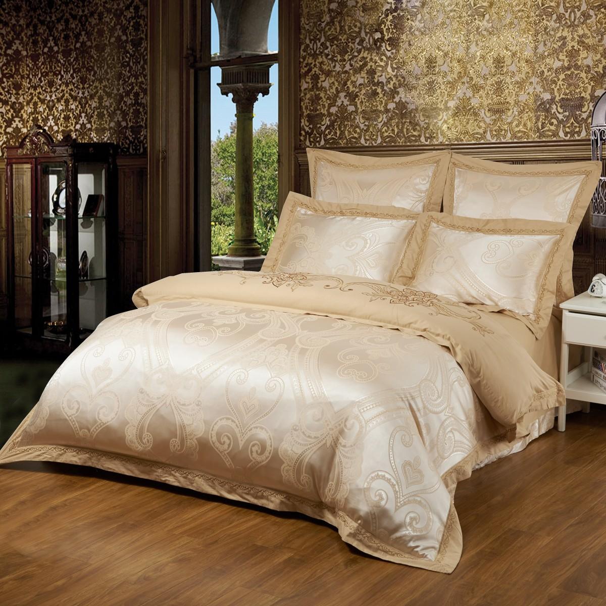 Комплект постельного бельяДвуспальные комплекты постельного белья<br>Роскошное постельное белье для обладателей изысканного вкуса.&amp;amp;nbsp;&amp;lt;div&amp;gt;&amp;lt;br&amp;gt;&amp;lt;/div&amp;gt;&amp;lt;div&amp;gt;В комплект входит:&amp;lt;/div&amp;gt;&amp;lt;div&amp;gt;Пододеяльник: 220х200 см (1шт)&amp;amp;nbsp;&amp;lt;/div&amp;gt;&amp;lt;div&amp;gt;Простыня: 230х250 см (1шт)&amp;amp;nbsp;&amp;lt;/div&amp;gt;&amp;lt;div&amp;gt;Наволочки: 50х70 см (2шт); 70х70 см (2шт)&amp;lt;/div&amp;gt;&amp;lt;div&amp;gt;&amp;lt;br&amp;gt;&amp;lt;/div&amp;gt;<br><br>Material: Сатин<br>Length см: 220<br>Width см: 200