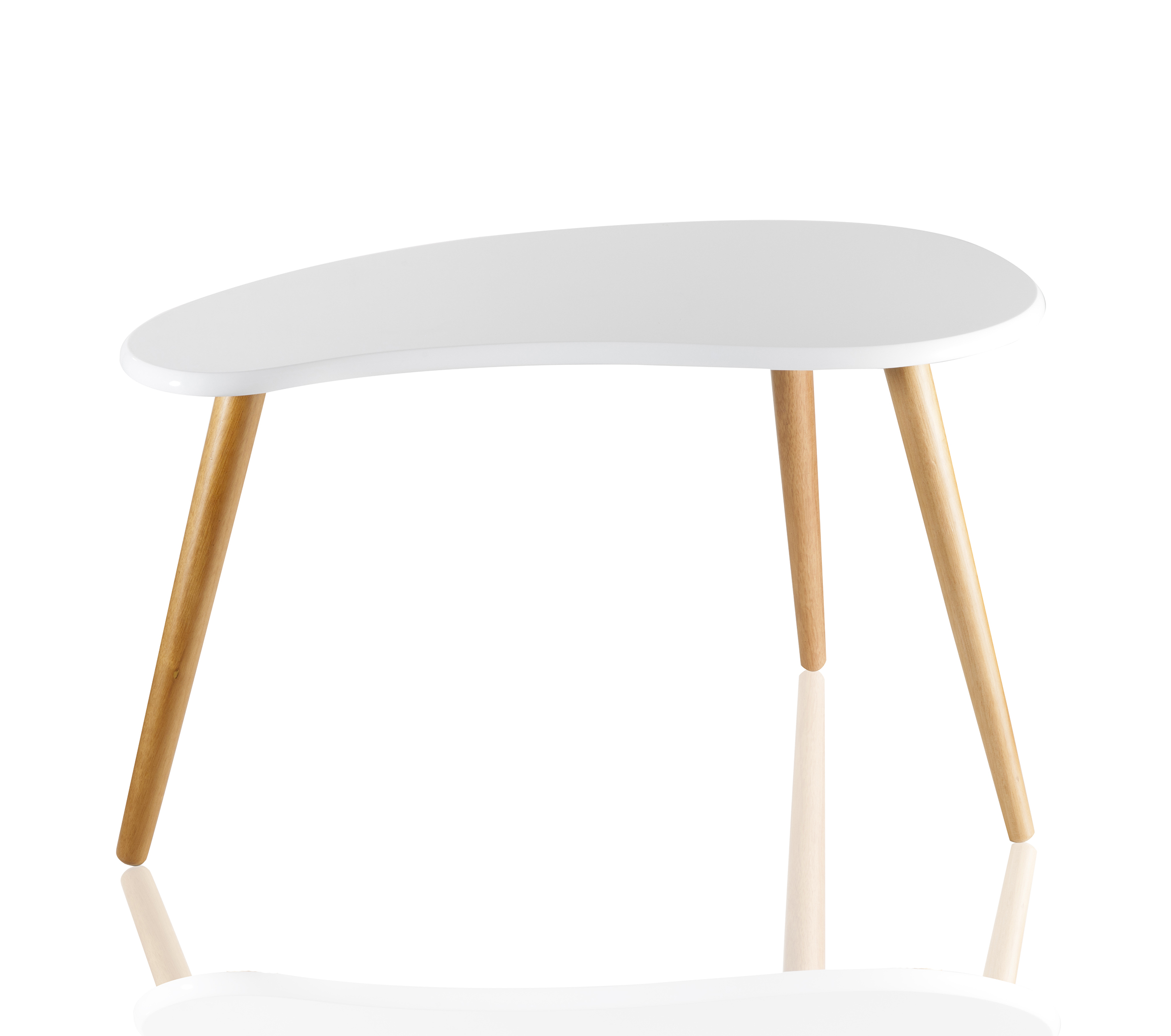 Столик ClassicЖурнальные столики<br>Прекрасный вариант сочетания стильного дизайна в стиле &amp;quot;модерн&amp;quot; и функционального предмета интерьера - столик &amp;quot;Classic&amp;quot;.&amp;amp;nbsp;<br><br>Material: Дерево<br>Width см: 41<br>Depth см: 40<br>Height см: 70