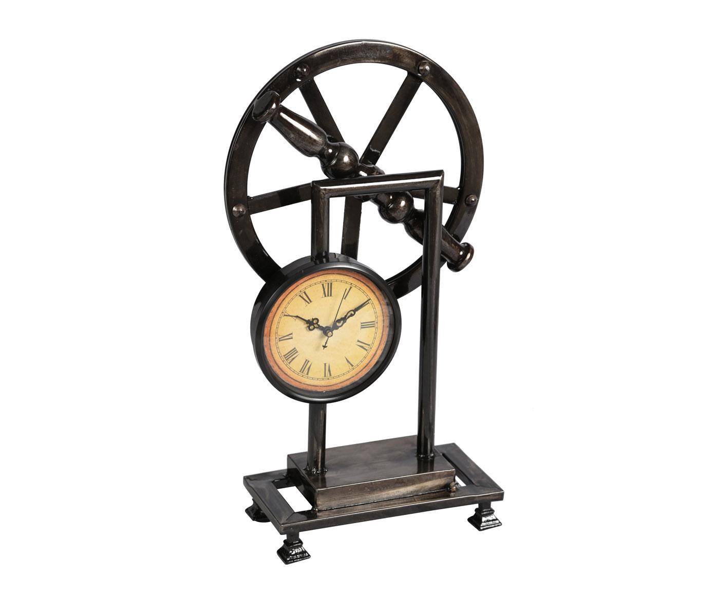 Часы настольныеНастольные часы<br>Металлические настольные часы, покрашены в темно-коричневый глянцевый оттенок. Работают от пальчиковых батареек АА.<br><br>Material: Металл<br>Width см: 23,5<br>Depth см: 11<br>Height см: 44,5