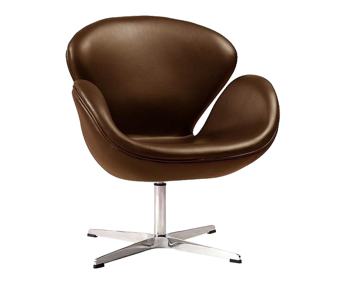Кресло Swan ChairКожаные кресла<br>Кресло Swan Chair (Лебедь), созданное датским дизайнером Арне Якобсеном (Arne Jacobsen) в 1958 г., стало настоящей сенсацией для своего времени, было достаточно инновационным, т.к. вместо прямых линий предпочтение было отдано округлым формам. Мебель этого дизайнера давно вошла в историю мебелестроения и стало шедевром, мировым достоянием искусства. Элегантная анатомическая форма и небольшие размеры делают его привлекательным элементом оформления любого интерьера и по сей день. Каркас кресла представляет собой раковину из стекловолокна, покрытую пенополиуретаном. Сидение крепится на вращающемся крестообразном основании из нержавеющей стали.<br><br>Material: Кожа<br>Width см: 71<br>Depth см: 60<br>Height см: 78
