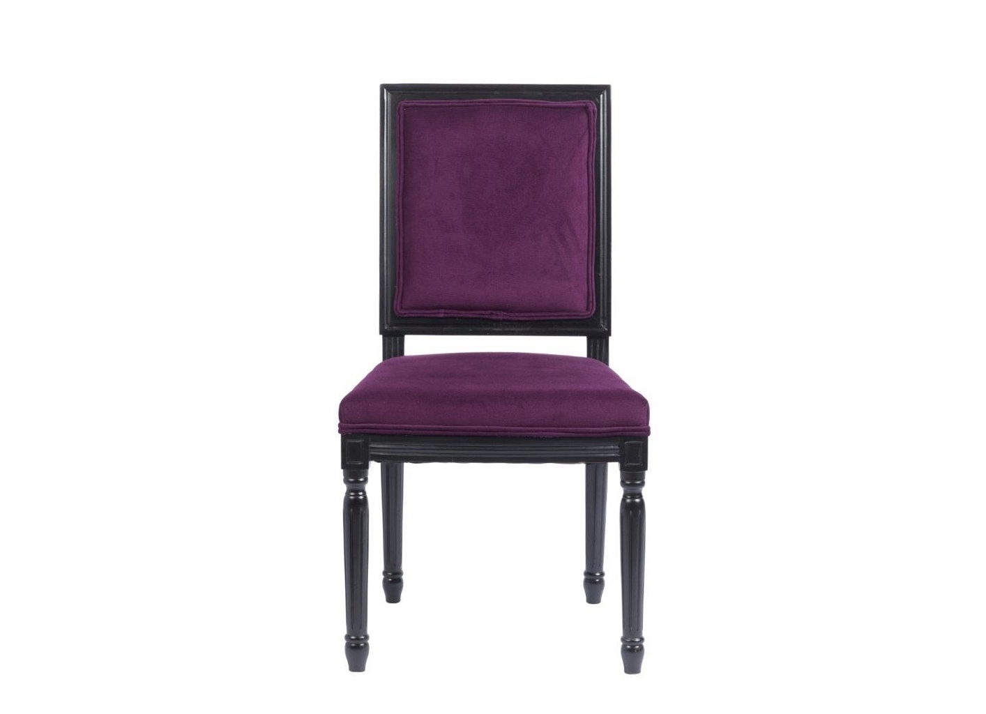 Стул Overture VioletОбеденные стулья<br>Это модель для ценителей готического стиля в интерьере. Цветовая гамма стула – достаточно редкое сочетание темного фиолетового и черного. Также у стула особенная форма: спинка и сиденье прямоугольные, зато ножки – необычные, резные, с оригинальными элементами декора. Стул отлично подойдет как для столовой или кухни, так и для рабочего кабинета в темной цветовой гамме.<br><br>Material: Вельвет<br>Width см: 50<br>Depth см: 55<br>Height см: 96