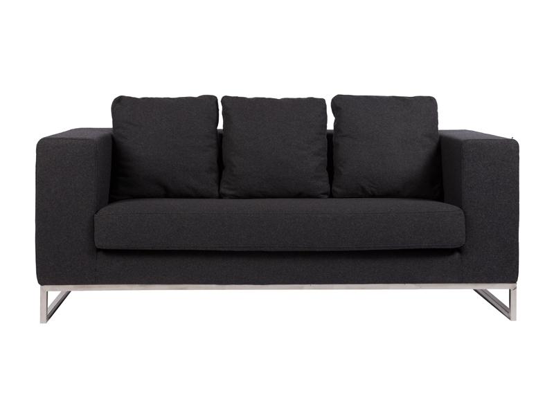Диван DadoneДвухместные диваны<br>Ничто не сможет лучше помочь в создании уюта дома, чем удобный диван. Небольшой уютный диван Dadone Sofa — это невероятно комфортный, модный и довольно стильный от известного итальянского дизайнера Антонио Читтерио (Antonio Citterio). Он прибавит необычного шарма и внесет особую теплоту вашему интерьеру. Обивка дивана из кашемира благородного темно-серого цвета — находка дизайнеров, она дает возможность вписаться в современный интерьер и классический. Основание, оно же ножки, изготовлено в виде прочной рамы из нержавеющей стали. Большие мягкие подушки делают данную модель еще более оригинальной. Обивка из нежного кашемира и дизайн позволяют дивану украсить собой современный или классический интерьер, а мягкие подушки дают вам возможность расслабиться с комфортом после трудного рабочего дня.<br><br>Material: Кашемир<br>Width см: 184<br>Depth см: 70<br>Height см: 68