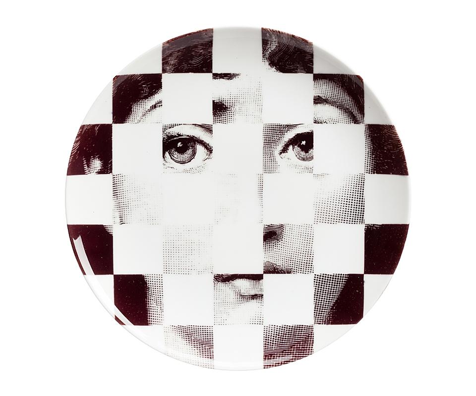 Настенная тарелка Пьеро Форназетти CheckerДекоративные тарелки<br><br><br>Material: Фарфор<br>Height см: 2<br>Diameter см: 20,5