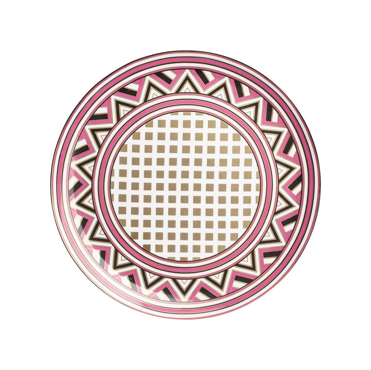 Блюдо EclecticДекоративные блюда<br>Блюдо из грубой керамики подойдет для нарезок. В комбинации с другими  столовыми предметами создаст    уникальную сервировку  стола.<br><br>Material: Керамика<br>Height см: 2,5<br>Diameter см: 32