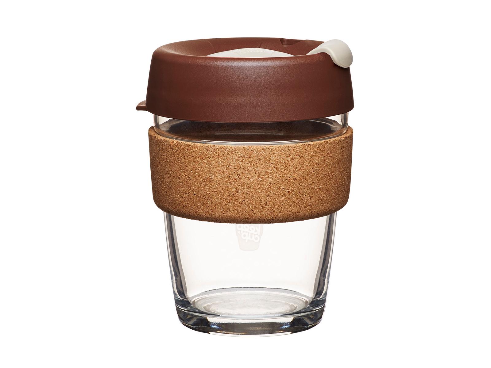 Кружка Keepcup almond limitedЧайные пары, чашки и кружки<br>Кружка, созданная с мыслями о вас и о планете. Главная идея KeepCup – вдохновить любителей кофе отказаться от использования одноразовых бумажных и пластиковых стаканов, так как их производство и утилизация наносят вред окружающей среде. В год производится и выбрасывается около 500 миллиардов одноразовых стаканчиков, а ведь планета у нас всего одна! <br>Но главный плюс кружки  – привлекательный дизайн, который станет отражением вашего личного стиля. Берите её в кафе или наливайте кофе, чай, сок дома, чтобы взять с собой - пить вкусные напитки на ходу, на работе или на пикнике. Специальная крышка с открывающимся и закрывающимся клапаном спасет от брызг, плотный ободок поможет не обжечься (плюс, удобно держать кружку в руках.<br>Крышка сделана без содержания вредного бисфенола (BPA-free). Корпус - из закаленного стекла, устойчивого к термическому и механическому воздействию.&amp;amp;nbsp;&amp;lt;div&amp;gt;&amp;lt;br&amp;gt;&amp;lt;/div&amp;gt;&amp;lt;div&amp;gt;Объем: 340 мл.&amp;lt;br&amp;gt;&amp;lt;/div&amp;gt;<br><br>Material: Стекло<br>Высота см: 13