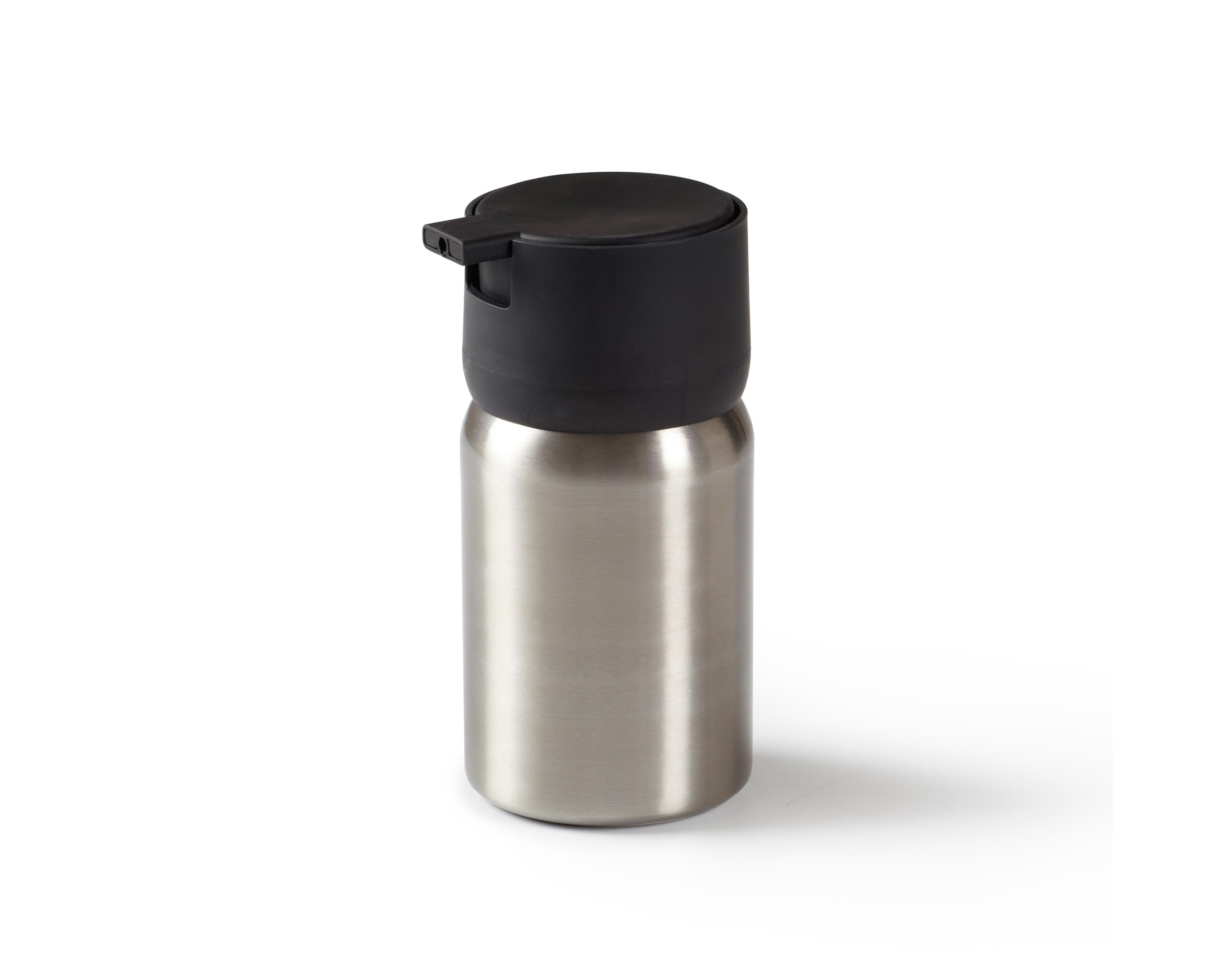 Диспенсер для жидкого мыла EnsaАксессуары для кухни<br>&amp;quot;Мыло душистое, полотенце пушистое&amp;quot; - если мыть руки, то с этим слоганом. Потому что приятно пахнущее мыло, например, ванильное или земляничное, поднимает настроение. А если оно внутри красивого диспенсера, который поможет отмерить нужное количество, это вдвойне приятно. <br>Те, кто покупает жидкое мыло, знают, что очень часто оно продается в некрасивых упаковках или очень больших бутылках, которые совершенно неудобно ставить на раковину. Проблема решена вот с таким лаконичным симпатичным  диспенсером. Теперь вы не забудете вымыть руки перед едой! p.s. Важная подсказка: диспенсер также можно использовать на кухне для моющего средства, получается очень экономно.&amp;lt;div&amp;gt;&amp;lt;br&amp;gt;&amp;lt;/div&amp;gt;&amp;lt;div&amp;gt;&amp;lt;span style=&amp;quot;line-height: 24.9999px;&amp;quot;&amp;gt;Объем - 350 мл.&amp;lt;/span&amp;gt;&amp;lt;br&amp;gt;&amp;lt;/div&amp;gt;<br><br>Material: Пластик<br>Height см: 15,2<br>Diameter см: 5,7
