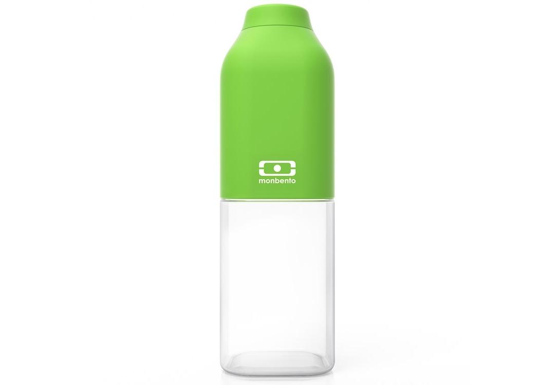 Бутылка Mb positiveБанки и бутылки<br>&amp;lt;span style=&amp;quot;line-height: 24.9999px;&amp;quot;&amp;gt;Наполовину полон или наполовину пуст? Известная шутка со стаканом измеряет оптимизм, ну а бутылка от Monbento им наполняет, даря заряд позитива и хорошего настроения. Прозрачная половинка плюс цветная крышка из приятного прорезиненного пластика – получается идеальная бутылка небольшого размера, но отличной вместимости. Многоразовая бутылка пригодится в спортзале, на прогулке, дома, на даче – в общем, везде! Забудьте про одноразовые пластиковые ёмкости – они не красивые, да и засоряют окружающую среду. А такая красота в руках точно привлечет взгляды окружающих. Герметично закрывается. Изготовлена из безопасного пищевого пластика (BPA free). Можно мыть в посудомоечной машине.&amp;lt;/span&amp;gt;&amp;lt;div style=&amp;quot;line-height: 24.9999px;&amp;quot;&amp;gt;&amp;lt;br&amp;gt;&amp;lt;/div&amp;gt;&amp;lt;div style=&amp;quot;line-height: 24.9999px;&amp;quot;&amp;gt;Объем: 500 мл.&amp;lt;/div&amp;gt;<br><br>Material: Пластик<br>Height см: 19<br>Diameter см: 6