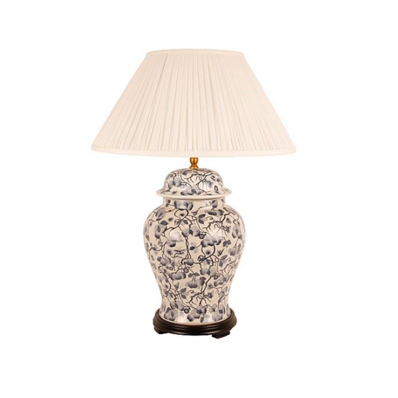 ЛампаДекоративные лампы<br>Настольная лампа с розовым плафоном на черно-белой ножке от датского бренда g&amp;amp;amp;c interiors. Стильный элемент декора для спальни, кабинета или гостиной в стиле эклектика.&amp;amp;nbsp;&amp;lt;div&amp;gt;&amp;lt;br&amp;gt;&amp;lt;/div&amp;gt;&amp;lt;div&amp;gt;&amp;lt;div&amp;gt;Цоколь: E27,&amp;amp;nbsp;&amp;lt;/div&amp;gt;&amp;lt;div&amp;gt;Мощность лампы: 60W&amp;amp;nbsp;&amp;lt;/div&amp;gt;&amp;lt;div&amp;gt;Кол-во лампочек: 1 (в комплект не входит)&amp;lt;/div&amp;gt;&amp;lt;/div&amp;gt;&amp;lt;div&amp;gt;&amp;lt;br&amp;gt;&amp;lt;/div&amp;gt;<br><br>Material: Фарфор<br>Height см: 50<br>Diameter см: 26