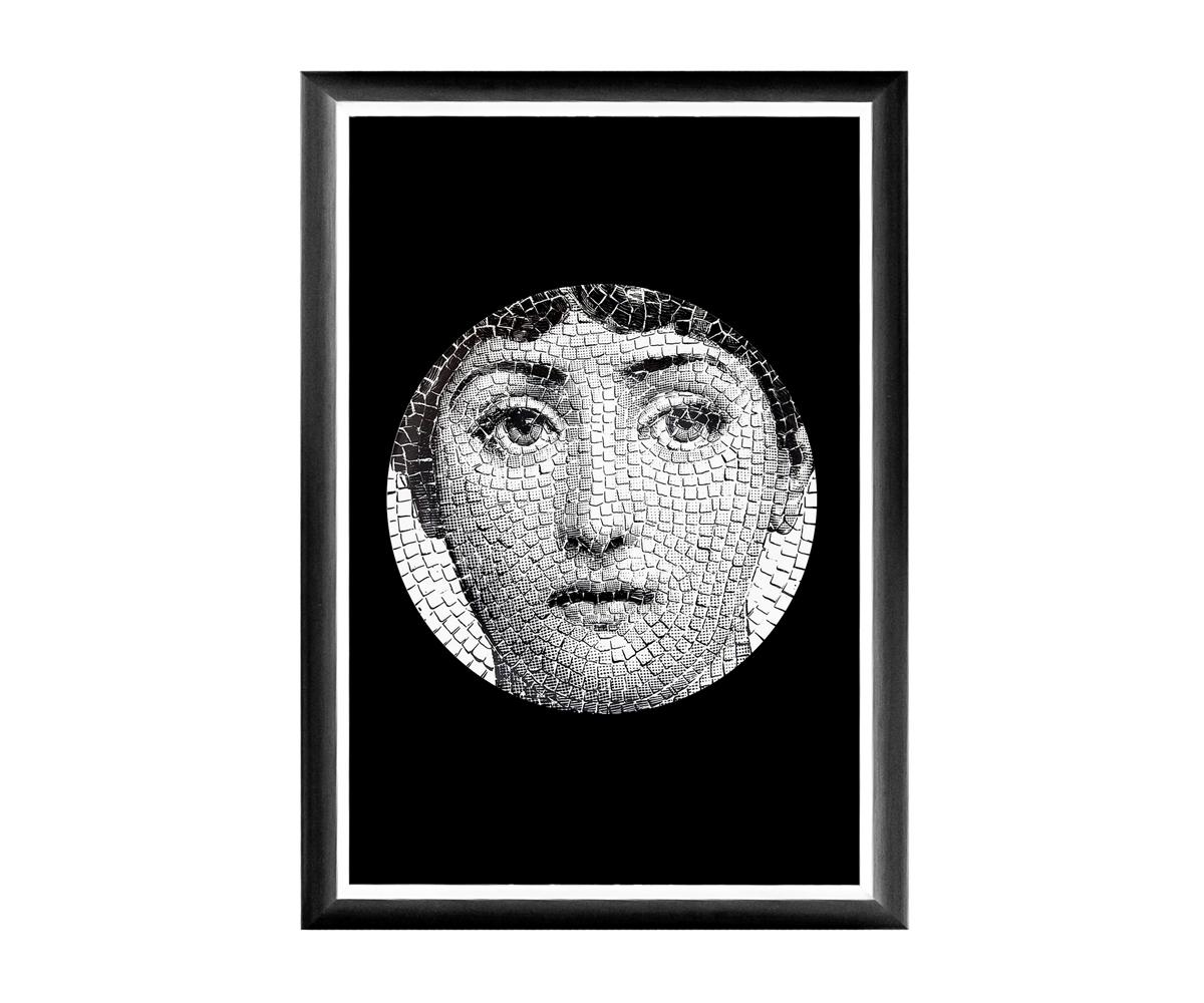 Арт-постер Лина, версия  МозаикаПостеры<br>Яркие харизматичные аксессуары - эмблема дома, приветствующего стиль и индивидуальность. Грациозный черно-белый постер - эталон аристократичного &amp;quot;ар-деко&amp;quot;, &amp;quot;визитная карточка&amp;quot; европейского салонного стиля. Классические цвета и форма заведомо дружественны любому интерьерному окружению.      Лаконичные вертикальные постеры не претендуют на центральное расположение в комнате. В зависимости от планировки, они незаменимы для узких пространств, простенков между дверьми или окнами, для торца длинного коридора и посреди предметов мебели. Четкая геометрическая форма и строгий цвет рамы - секрет гармонии арт-постеров с современными интерьерами, насыщенными цифровой техникой и модными гаджетами. Престижные интерьеры &amp;quot;хай-тэк&amp;quot;, &amp;quot;лофт&amp;quot;, &amp;quot;индастриал&amp;quot; немыслимы без контрастных интерьерных деталей, разграничивающих атмосферы деловитой прагматичности и безмятежного релакса. Белая внутренняя кайма рамы внушает портрету особую выразительность. Изображение защищено стеклопластиком, стойким к микроцарапинам и помутнению. Арт-постеры &amp;quot;Лина&amp;quot; - центр внимания Вашего интерьера.<br><br>Material: Бумага<br>Width см: 46<br>Depth см: 1<br>Height см: 66