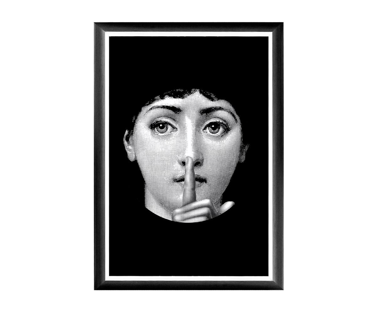 Арт-постер Лина, версия СекретПостеры<br>Арт-постер &amp;quot;Секрет&amp;quot; - &amp;quot;визитная карточка&amp;quot; интерьерной коллекции «Лина», включившей мягкие диваны, стулья и подушки, кофейные столики, тумбы для ванной комнаты и обширную галерею настенных портретов главной героини интерьерного бала. Выбрав рисунок по душе, Вы нарядите дом авторским стилем, словно бы созданным художником по Вашему индивидуальному заказу.Яркие контрасты - привилегия интерьера, ценящего стиль и индивидуальность.<br>Грациозный вертикальный  постер не претендует на центральное расположение в комнате. В зависимости от планировки, он незаменимы для узких пространств, простенков между дверьми или окнами, для торца длинного коридора и посреди предметов мебели.Четкая геометрическая форма и строгий цвет рамы - секрет гармонии арт-постеров с современными интерьерами, насыщенными цифровой техникой и модными гаджетами.<br>Престижные интерьеры &amp;quot;хай-тэк&amp;quot;, &amp;quot;лофт&amp;quot;, &amp;quot;индастриал&amp;quot; немыслимы без контрастных интерьерных деталей, разграничивающих атмосферы деловитой прагматичности и безмятежного релакса.<br>Белая внутренняя кайма рамы внушает портрету особую выразительность.  <br>Изображение защищено стеклопластиком, стойким к микроцарапинам и помутнению.<br><br>Material: Бумага<br>Width см: 46<br>Depth см: 1<br>Height см: 66