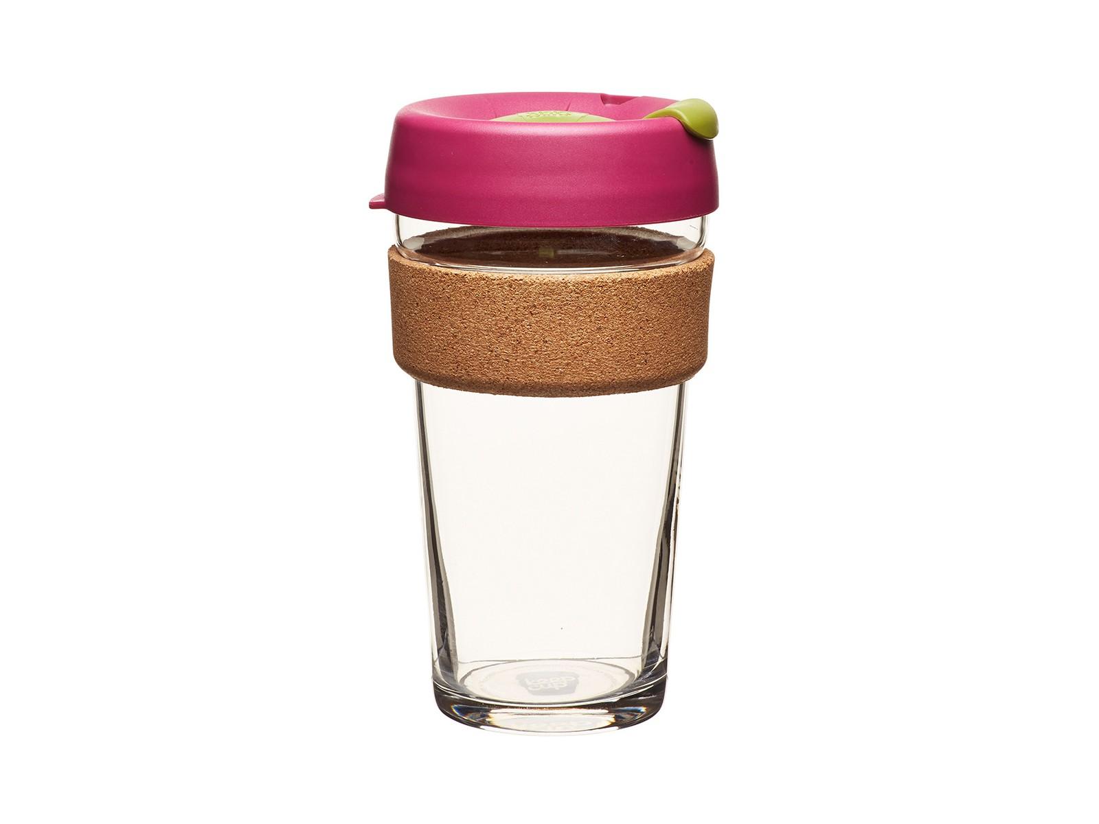 Кружка Keepcup cinnamonЧайные пары, чашки и кружки<br>Главная идея KeepCup – вдохновить любителей кофе отказаться от использования одноразовых бумажных и пластиковых стаканов, так как их производство и утилизация наносят вред окружающей среде. В год производится и выбрасывается около 500 миллиардов одноразовых стаканчиков, а ведь планета у нас всего одна! <br>Но главный плюс кружки  – привлекательный дизайн, который станет отражением вашего личного стиля. Берите её в кафе или наливайте кофе, чай, сок дома, чтобы взять с собой - пить вкусные напитки на ходу, на работе или на пикнике. Специальная крышка с открывающимся и закрывающимся клапаном спасет от брызг, плотный ободок поможет не обжечься (плюс, удобно держать кружку в руках.<br>Крышка сделана без содержания вредного бисфенола (BPA-free). Корпус - из закаленного стекла, устойчивого к термическому и механическому воздействию.&amp;amp;nbsp;&amp;lt;div&amp;gt;&amp;lt;br&amp;gt;&amp;lt;/div&amp;gt;&amp;lt;div&amp;gt;Объем: 454 мл.&amp;lt;br&amp;gt;&amp;lt;/div&amp;gt;<br><br>Material: Стекло<br>Height см: 15,8<br>Diameter см: 8,8