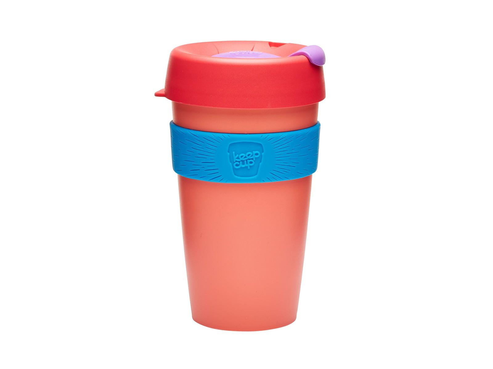 Кружка Keepcup tea roseЧайные пары, чашки и кружки<br>Кружка, созданная с мыслями о вас и о планете. Главная идея KeepCup – вдохновить любителей кофе отказаться от использования одноразовых бумажных и пластиковых стаканов, так как их производство и утилизация наносят вред окружающей среде. В год производится и выбрасывается около 500 миллиардов одноразовых стаканчиков, а ведь планета у нас всего одна! <br>Но главный плюс кружки  – привлекательный и яркий дизайн, который станет отражением вашего личного стиля. Берите ее в кафе или наливайте кофе, чай, сок дома, чтобы взять с собой - пить вкусные напитки на ходу, на работе или на пикнике. Специальная крышка с открывающимся и закрывающимся клапаном спасет от брызг, силиконовый ободок поможет не обжечься (плюс, удобно держать кружку в руках), а плотная крышка и толстые стенки сохранят напиток теплым в течение 20~30 минут. <br>Кружка сделана из нетоксичного пластика без содержания вредного бисфенола (BPA-free). Можно использовать в микроволновке и мыть в посудомоечной машине.&amp;amp;nbsp;&amp;lt;div&amp;gt;&amp;lt;br&amp;gt;&amp;lt;/div&amp;gt;&amp;lt;div&amp;gt;Объем: 454 мл.&amp;lt;br&amp;gt;&amp;lt;/div&amp;gt;<br><br>Material: Пластик<br>Высота см: 15