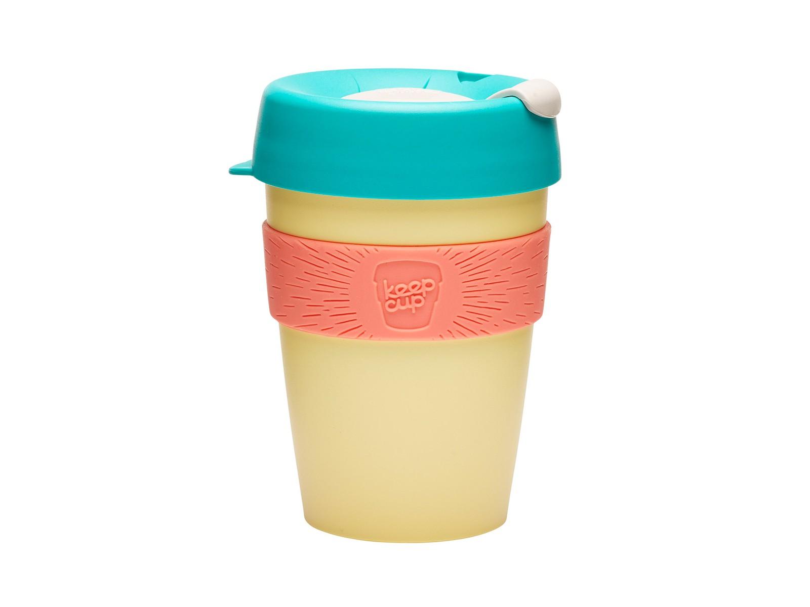 Кружка Keepcup custard appleЧайные пары, чашки и кружки<br>Кружка, созданная с мыслями о вас и о планете. Главная идея KeepCup – вдохновить любителей кофе отказаться от использования одноразовых бумажных и пластиковых стаканов, так как их производство и утилизация наносят вред окружающей среде. В год производится и выбрасывается около 500 миллиардов одноразовых стаканчиков, а ведь планета у нас всего одна! <br>Но главный плюс кружки  – привлекательный и яркий дизайн, который станет отражением вашего личного стиля. Берите ее в кафе или наливайте кофе, чай, сок дома, чтобы взять с собой - пить вкусные напитки на ходу, на работе или на пикнике. Специальная крышка с открывающимся и закрывающимся клапаном спасет от брызг, силиконовый ободок поможет не обжечься (плюс, удобно держать кружку в руках), а плотная крышка и толстые стенки сохранят напиток теплым в течение 20~30 минут. <br>Кружка сделана из нетоксичного пластика без содержания вредного бисфенола (BPA-free). Можно использовать в микроволновке и мыть в посудомоечной машине.&amp;lt;div&amp;gt;&amp;lt;br&amp;gt;&amp;lt;/div&amp;gt;&amp;lt;div&amp;gt;Объем: 340 мл.&amp;lt;br&amp;gt;&amp;lt;/div&amp;gt;<br><br>Material: Пластик<br>Height см: 13<br>Diameter см: 8,8