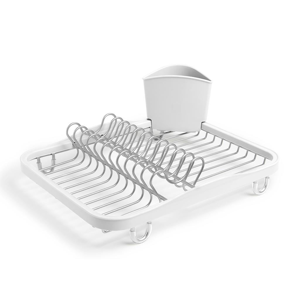 Сушилка для посуды SinkinАксессуары для кухни<br>Функциональная сушилка Sinkin в новой цветовой вариации. Предусмотрены отсеки для тарелок и чашек. Съемный пластиковый контейнер удобен для сушки столовых приборов. Благодаря специальным ножкам вода стекает в раковину, не застаиваясь под посудой. Пластиковые насадки на ножках оберегают раковину от царапин.  Металлическая решетка и пластиковое обрамление легко очищаются от загрязнений.<br><br>Дизайн: Helen T. Miller<br><br>Material: Металл<br>Length см: 35,5<br>Width см: 27,3<br>Height см: 13
