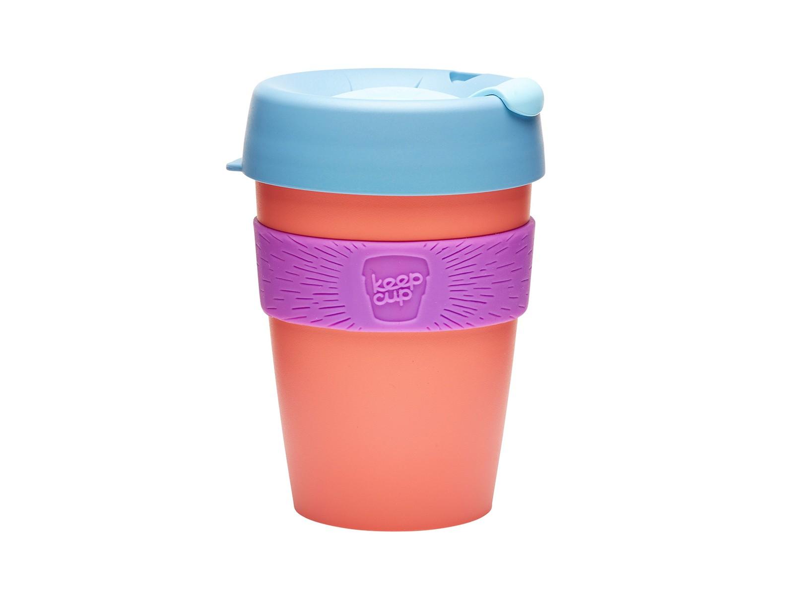 Стакан Keepcup apricotЧайные пары, чашки и кружки<br>Кружка, созданная с мыслями о вас и о планете. Главная идея KeepCup – вдохновить любителей кофе отказаться от использования одноразовых бумажных и пластиковых стаканов, так как их производство и утилизация наносят вред окружающей среде. В год производится и выбрасывается около 500 миллиардов одноразовых стаканчиков, а ведь планета у нас всего одна! <br>Но главный плюс кружки  – привлекательный и яркий дизайн, который станет отражением вашего личного стиля. Берите ее в кафе или наливайте кофе, чай, сок дома, чтобы взять с собой - пить вкусные напитки на ходу, на работе или на пикнике. Специальная крышка с открывающимся и закрывающимся клапаном спасет от брызг, силиконовый ободок поможет не обжечься (плюс, удобно держать кружку в руках), а плотная крышка и толстые стенки сохранят напиток теплым в течение 20~30 минут. <br>Кружка сделана из нетоксичного пластика без содержания вредного бисфенола (BPA-free). Можно использовать в микроволновке и мыть в посудомоечной машине.&amp;amp;nbsp;&amp;lt;div&amp;gt;&amp;lt;br&amp;gt;&amp;lt;/div&amp;gt;&amp;lt;div&amp;gt;Объем: 340 мл.&amp;lt;br&amp;gt;&amp;lt;div&amp;gt;&amp;lt;br&amp;gt;&amp;lt;/div&amp;gt;&amp;lt;/div&amp;gt;<br><br>Material: Пластик<br>Height см: 13<br>Diameter см: 8,8