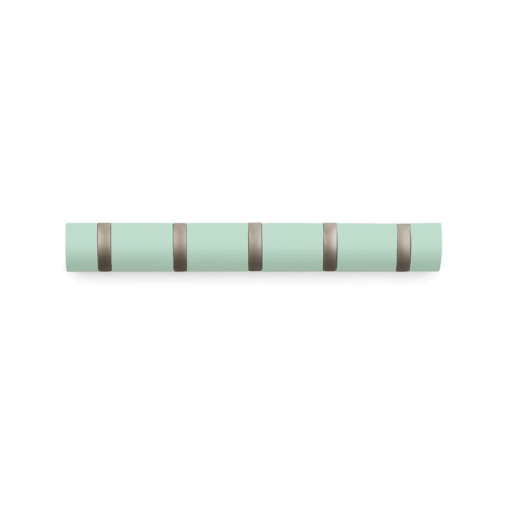 Вешалка настенная горизонтальная FlipВешалки<br>&amp;quot;Стильная и прочная  вешалка интересной формы. Имеет 5 откидных крючов из никеля: когда они не используются, то складываются, превращая конструкцию в абсолютно гладкую поверхность. Идеально для маленьких прихожих и ограниченных пространств. <br>Каждый крючок выдерживает вес до 2,3 кг.&amp;quot;<br><br>Material: Дерево<br>Width см: 50,8<br>Depth см: 3,2<br>Height см: 6,4