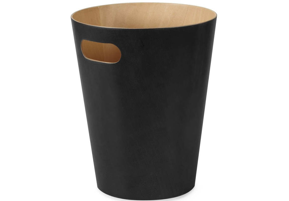 Контейнер мусорный WoodrowЕмкости для хранения<br>Как много всего ненужного можно обнаружить на столе: скомканные бумаги для заметок, упаковки от шоколадок, старые скрепки и скобы для степлера. Отправьте весь этот хлам в мусорное ведро, чтобы сделать жизнь чище и упорядоченнее. Лаконичный и простой контейнер Woodrow не займет много места и будет прилежно исполнять свои обязанности по накоплению мусора. Красиво сочетает в себе фактуру простого и окрашенного дерева.&amp;amp;nbsp;&amp;lt;div&amp;gt;&amp;lt;br&amp;gt;&amp;lt;/div&amp;gt;&amp;lt;div&amp;gt;Вместительность - 9 литров.&amp;lt;/div&amp;gt;<br><br>Material: Дерево<br>Высота см: 27