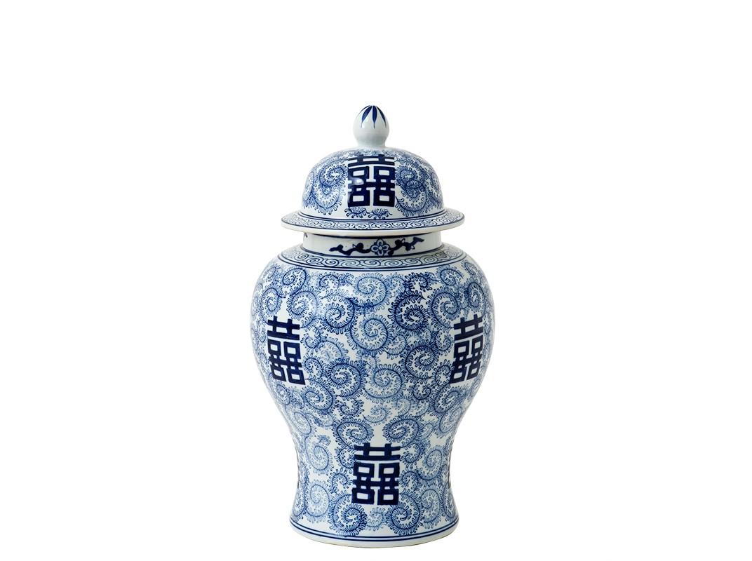 ВазаВазы<br>Ваза-урна Glamour с крышкой. Выполнена из керамики, орнамент в японской тематике синего цвета.<br><br>Material: Керамика<br>Height см: 46<br>Diameter см: 30