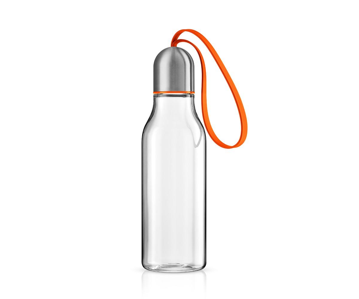 Бутылка спортивнаяЕмкости для хранения<br>Спортивная бутылка предназначена для любого вида активности и позволяет быстро утолить жажду благодаря практичному питьевому клапану. Бутылка полностью герметична, даже если носить её в сумке, а гигиеничная крышка защищает горлышко от пыли и грязи.<br>Бутылка имеет практичный силиконовый ремешок, благодаря которому её легко взять с собой и всегда иметь под рукой освежающий напиток. Наполнять бутылку можно сколько угодно раз - она не содержит опасных примесей, таких, как бисфенол. Сделана из ударопрочного безопасного пластика. Все части можно мыть в посудомоечной машине.&amp;lt;div&amp;gt;&amp;lt;br&amp;gt;&amp;lt;/div&amp;gt;&amp;lt;div&amp;gt;&amp;lt;span style=&amp;quot;line-height: 24.9999px;&amp;quot;&amp;gt;&amp;amp;nbsp;Объём 0,7 л.&amp;amp;nbsp;&amp;lt;/span&amp;gt;&amp;lt;br&amp;gt;&amp;lt;/div&amp;gt;<br><br>Material: Пластик<br>Height см: 23<br>Diameter см: 6,5