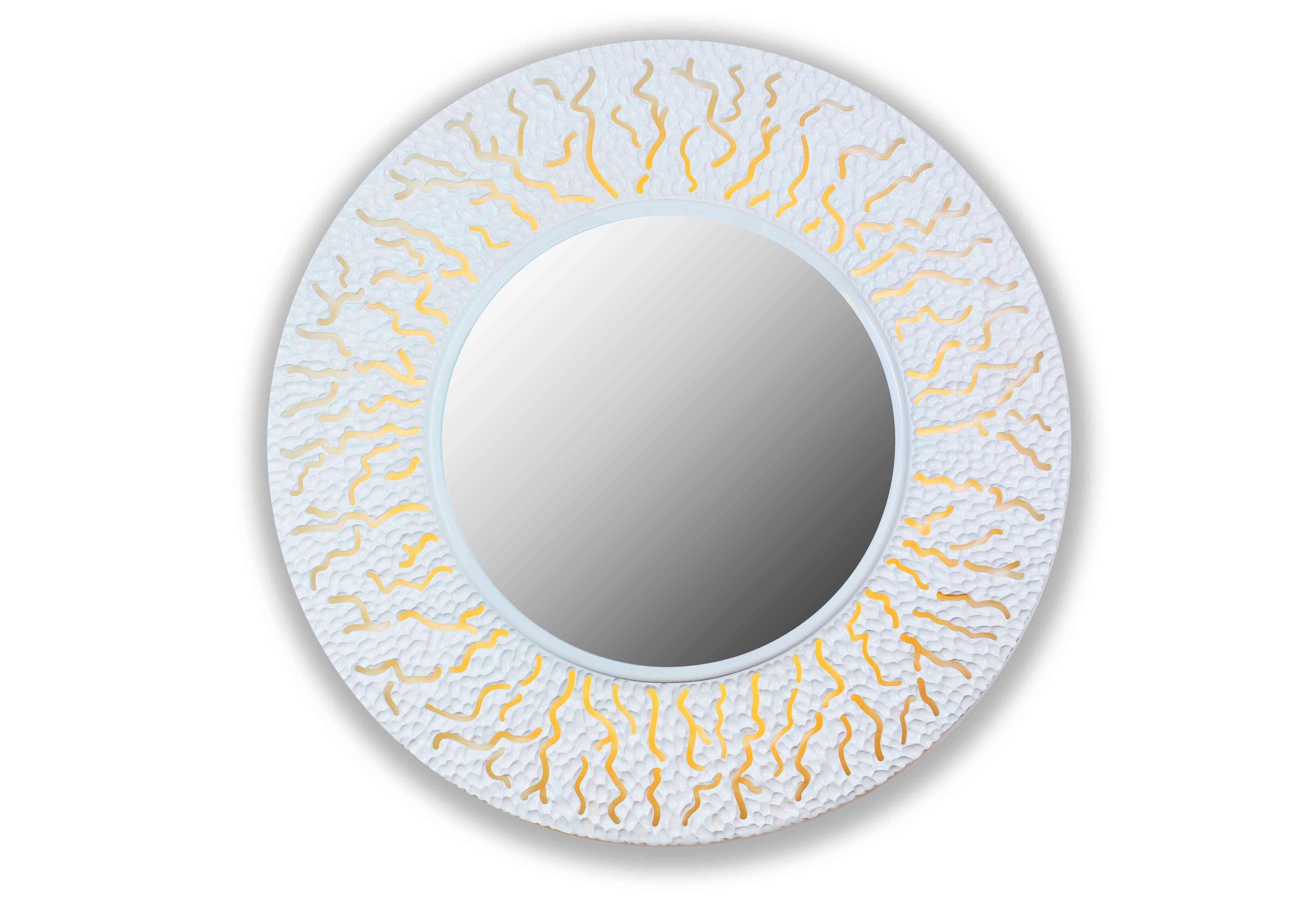 CoralНастенные зеркала<br>Из морских глубин к свету тянутся кружевные ветки кораллов,напоминая о том,что творчество и успех,сила и красота есть в каждом из нас.<br>                Описание: Форма круглая, вес 7 кг, 4 светодиодные лампочки, Натуральный древестный материал высокого качества, Ручная резка, Размер 99*99см, Толщина изделия 7см<br><br>Material: Дерево<br>Depth см: 0,8<br>Diameter см: 90