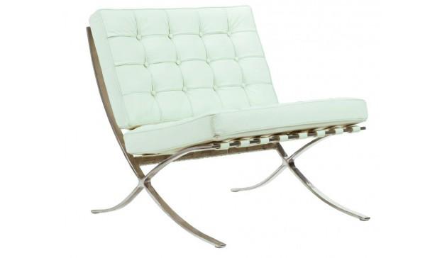 Детское кресло Barcelona ChairДетские кресла<br>Детское кресло Barcelona Chair Tiffany Premium — легендарное кресло от известного архитектора Мис ван дер Роэ (Mies van der Rohe) — давно стало эталоном моды и стиля. Модель выполнена на металлическом каркасе. Без подлокотников, декорирована натуральной итальянской кожей цвета тифани, наполнитель — поролон. Подойдет для современного стиля интерьера.<br><br>Material: Кожа<br>Width см: 54<br>Depth см: 55<br>Height см: 51