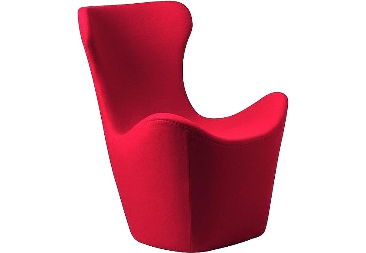 Кресло Papilio Lounge ChairИнтерьерные кресла<br>Изысканное кресло  PAPILIO LOUNGE CHAIR от японского дизайнера Наото Фукасава невероятно комфортабельно: его высокая спинка с подголовником так и манит облокотиться на нее и отдохнуть. Обивка кресла изготовлена из натурального кашемира красного цвета, поэтому кресло согреет в холодную погоду и останется прохладным на ощупь в жару. Оно  прекрасно подойдет для интерьера в современном стиле.<br><br>Material: Кашемир<br>Width см: 83<br>Depth см: 82<br>Height см: 103