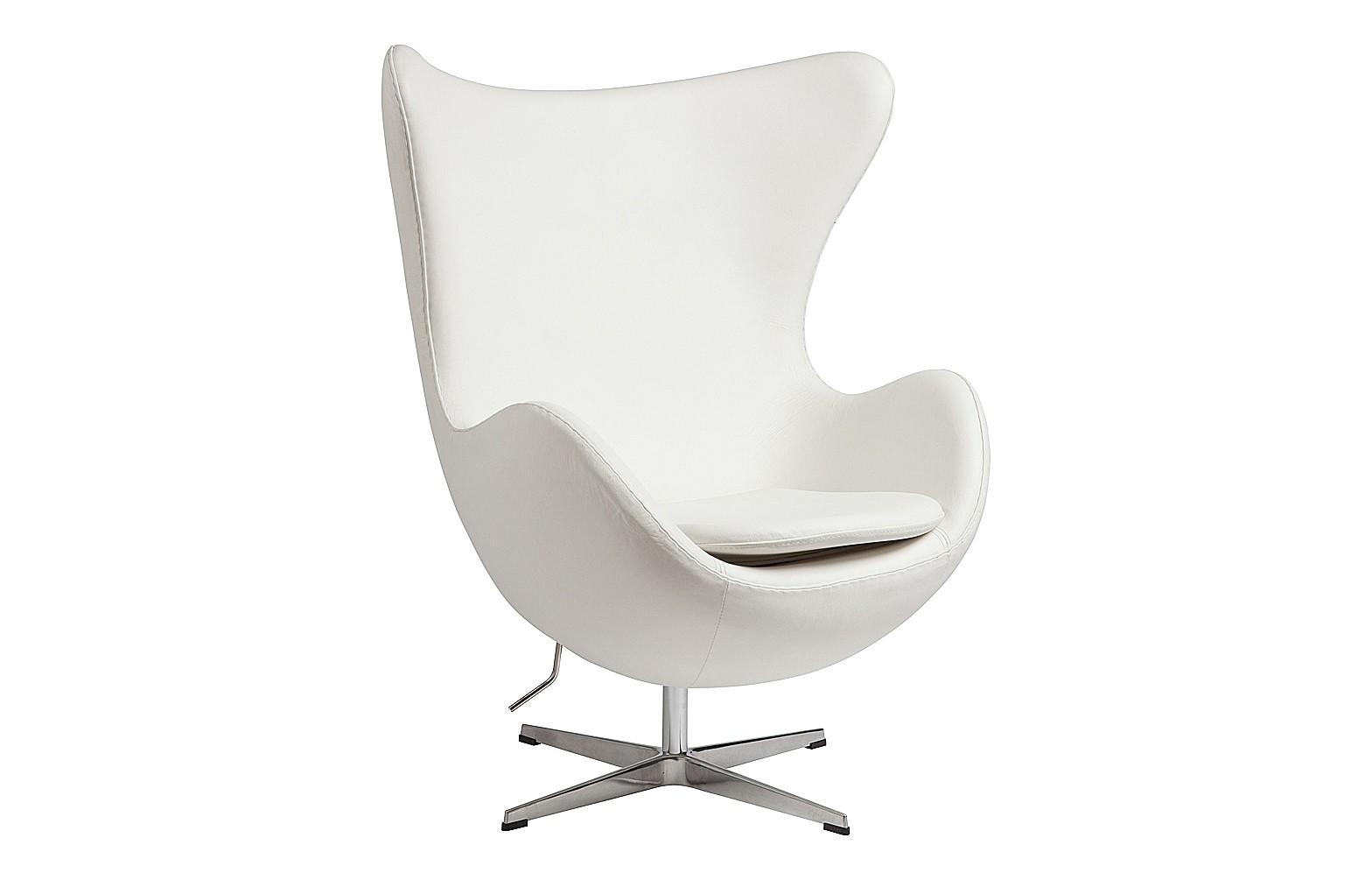 Кресло Egg ChairИнтерьерные кресла<br>Кресло Egg Chair (Яйцо) было создано в 1958 году датским дизайнером Арне Якобсеном специально для интерьеров отеля Radisson SAS в Копенгагене. Кресло обладает исключительной привлекательностью и узнаваемостью во всем мире, занимает особое место в ряду культовой дизайнерской мебели XX века. Оно имеет экстравагантную форму и неординарное исполнение, что позволило ему стать совершенным воплощением классики нового времени. Кресло Egg Chair, выполненное в форме яйца, подарит огромное множество положительных эмоций и заставляет обращать на него внимание. Оно непременно задаёт основу для дизайна того или иного помещения. Прочный каркас из стекловолокна, обтянутый натуральной кожей класса Премиум белого цвета, закрепленный на ножке из нержавеющей стали, гарантирует долгий срок службы и устойчивость. Купите великолепную реплику кресла Egg Chair — изготовленное из высококачественных материалов, оно понравится многим любителям нестандартного видения обыденных и, притом, качественных вещей.<br><br>Material: Кожа<br>Width см: 82<br>Depth см: 76<br>Height см: 105