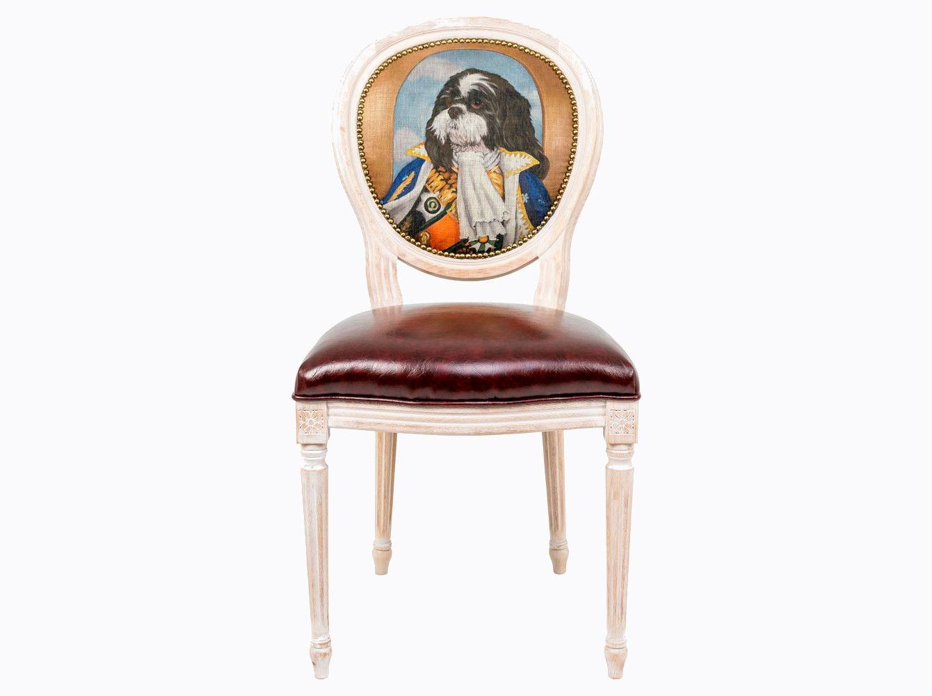 Стул «Музейный экспонат», версия 37Обеденные стулья<br>Стул &amp;quot;Музейный экспонат&amp;quot; - универсальное, но отборное решение гостиной и столовой, каминного зала, холла и кабинета, спальни и детской комнаты.<br>В угоду моде &amp;quot;шебби-шик&amp;quot;, благородная фактура натурального дерева подчеркнута рукописной патиной. Штрихи старины обладают специфическим обаянием и теплом.<br>Корпус стула изготовлен из натурального бука. Среди европейских пород бук считается самым прочным и долговечным материалом. По эксклюзивному дизайну &amp;quot;Объекта мечты&amp;quot; корпусы стульев серии &amp;quot;Музейный экспонат&amp;quot; выточены, брашированы и патинированы в Италии.<br>Комфортабельность, прочность и долговечность сиденья обеспечены подвеской из эластичных ремней.<br>Обивка спинки оснащена тефлоновым покрытием против пятен.<br>Не упустите возможность обладания уникальной дизайнерской мебелью. Коллекция &amp;quot;Музейный экспонат&amp;quot; выпущена лимитированными экземплярами.<br>&amp;lt;div&amp;gt;&amp;lt;br&amp;gt;&amp;lt;/div&amp;gt;&amp;lt;div&amp;gt;Каркас - натуральное дерево бука, обивка сиденья и оборотной стороны спинки - эко-кожа, обивка спинки: 29% лен, 9 % хлопок, 72% полиэстер.&amp;lt;br&amp;gt;&amp;lt;/div&amp;gt;<br><br>Material: Дерево<br>Ширина см: 55<br>Высота см: 95<br>Глубина см: 50