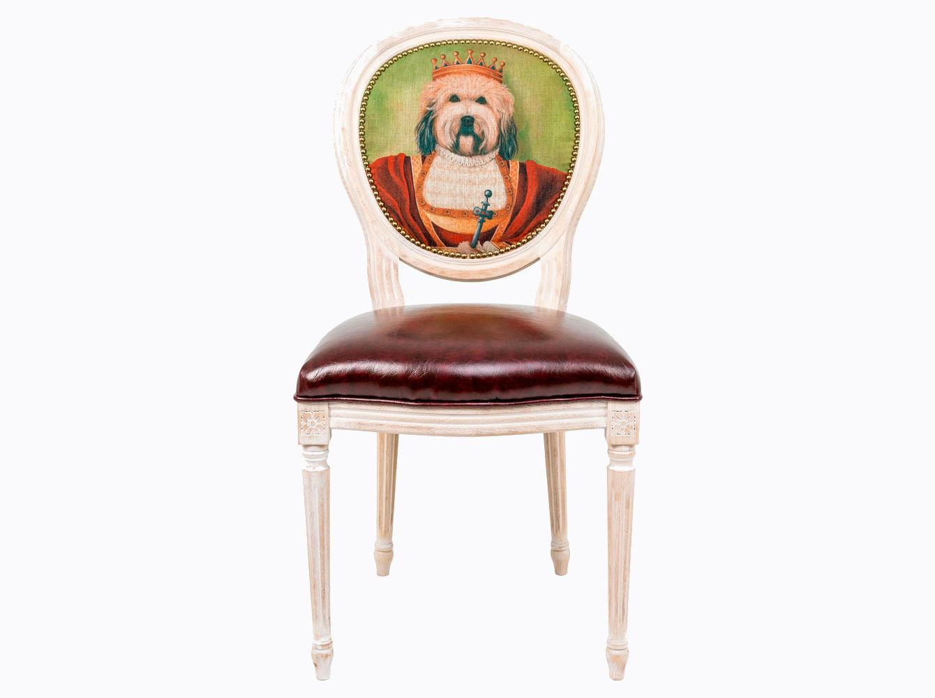 Стул «Музейный экспонат», версия 21Обеденные стулья<br>Стул &amp;quot;Музейный экспонат&amp;quot; - универсальное, но отборное решение гостиной и столовой, каминного зала, холла и кабинета, спальни и детской комнаты. Дизайн стула создан эффектом экстравагантных контрастных сочетаний. Блестящее шоколадное сиденье объединилось с шелковистой льняной спинкой, а королевский силуэт эпохи Луи-Филиппа - с рисунком в жанре современного анимализма. Дизайны, символизирующие животный мир и сказки, поддерживают наш эмоциональный баланс. Корпус стула изготовлен из натурального бука. Среди европейских пород бук считается самым прочным и долговечным материалом.  По эксклюзивному дизайну &amp;quot;Объекта мечты&amp;quot; корпусы стульев серии &amp;quot;Музейный экспонат&amp;quot; выточены, брашированы и патинированы в Италии. Комфортабельность, прочность и долговечность сиденья обеспечены подвеской из эластичных ремней. Обивка спинки оснащена тефлоновым покрытием против пятен.&amp;amp;nbsp;&amp;lt;div&amp;gt;&amp;lt;br&amp;gt;&amp;lt;/div&amp;gt;&amp;lt;div&amp;gt;Каркас - натуральное дерево бука, обивка сиденья и оборотной стороны спинки - эко-кожа, обивка спинки: 29% лен, 9 % хлопок, 72% полиэстер&amp;lt;br&amp;gt;&amp;lt;div&amp;gt;&amp;lt;br&amp;gt;&amp;lt;/div&amp;gt;&amp;lt;div&amp;gt;&amp;lt;br&amp;gt;&amp;lt;/div&amp;gt;&amp;lt;/div&amp;gt;<br><br>Material: Дерево<br>Ширина см: 55<br>Высота см: 95<br>Глубина см: 50