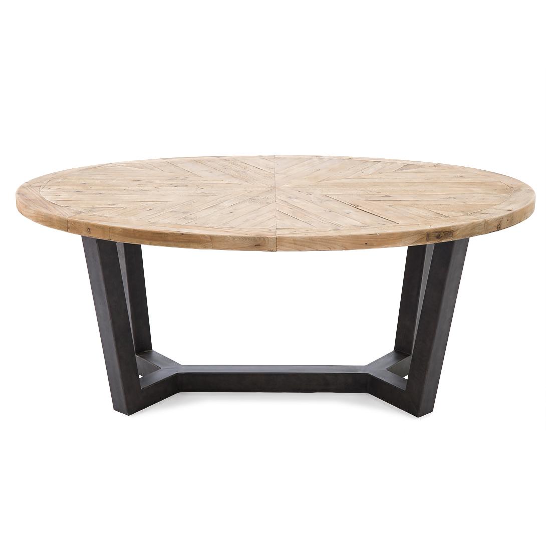 Стол ОвалОбеденные столы<br>Одарите пространство обеденной зоны удивительной аурой индастриал-шика со столом &amp;quot;Овал&amp;quot;. Он имеет яркое оформление, которое покорит любого почитателя гранжа. Столешница овальной формы располагается на массивных металлических ножках, придающих столу брутальный вид. Внизу они соединяются, образуя интересную по форме конструкцию, выступающую изюминкой этого предмета.<br><br>Material: Дерево<br>Length см: 180<br>Width см: 120<br>Depth см: None<br>Height см: 78<br>Diameter см: None