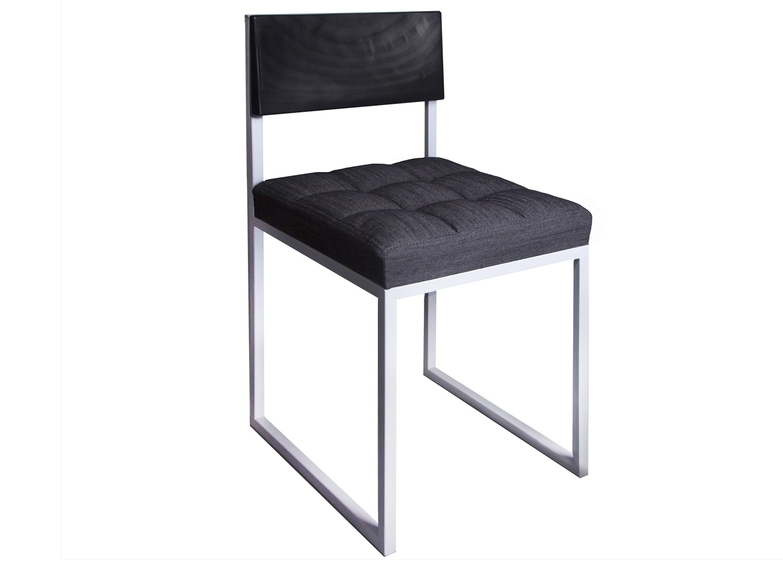 Стул Chocolate moon denimОбеденные стулья<br>&amp;lt;div&amp;gt;Высота сиденья 465 мм;&amp;lt;/div&amp;gt;&amp;lt;div&amp;gt;Материал: березовая фанера, стальная труба 2х2 см, поролон, деним (джинса);&amp;lt;/div&amp;gt;&amp;lt;div&amp;gt;Особенности: на основание крепится мебельный войлок;&amp;lt;/div&amp;gt;&amp;lt;div&amp;gt;&amp;lt;br&amp;gt;&amp;lt;/div&amp;gt;&amp;lt;div&amp;gt;Основной цвет спинки: винтажный черный;&amp;lt;/div&amp;gt;&amp;lt;div&amp;gt;Основной цвет ткани: черный;&amp;lt;/div&amp;gt;&amp;lt;div&amp;gt;Основной цвет металла: белый.&amp;lt;/div&amp;gt;<br><br>Material: Сталь<br>Width см: 39<br>Depth см: 46<br>Height см: 77