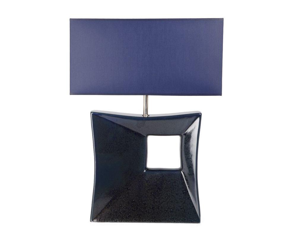 Настольная  лампаДекоративные лампы<br>Стильная керамическая лампа. Угловатые формы непривычны для данного элемента освещения, тем не менее лампа остается надежной и функциональной, при этом, благодаря своему необычному дизайну, может служить оригинальным арт-объектом.&amp;lt;div&amp;gt;&amp;lt;br&amp;gt;&amp;lt;/div&amp;gt;&amp;lt;div&amp;gt;&amp;lt;div&amp;gt;Вид цоколя: E27&amp;lt;/div&amp;gt;&amp;lt;div&amp;gt;Мощность: 60W&amp;lt;/div&amp;gt;&amp;lt;div&amp;gt;Количество ламп: 1&amp;lt;/div&amp;gt;&amp;lt;/div&amp;gt;<br><br>Material: Керамика<br>Length см: None<br>Width см: 40.5<br>Depth см: 18.5<br>Height см: 55.0<br>Diameter см: None