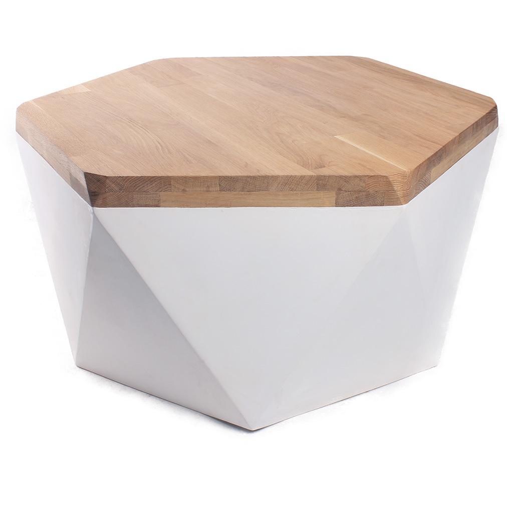 Cтол журнальный Гексагон бриллиантЖурнальные столики<br>&amp;lt;div&amp;gt;Материал: отделка столешница (дубовый мебельный щит), отделка подполья (березовая фанера)&amp;lt;/div&amp;gt;&amp;lt;div&amp;gt;Особенности: на основание крепится мебельный войлок&amp;lt;/div&amp;gt;&amp;lt;div&amp;gt;&amp;lt;br&amp;gt;&amp;lt;/div&amp;gt;&amp;lt;div&amp;gt;Отделка столешницы: бесцветное масло&amp;lt;/div&amp;gt;&amp;lt;div&amp;gt;&amp;lt;br&amp;gt;&amp;lt;/div&amp;gt;<br><br>Material: Фанера<br>Width см: 76,2<br>Depth см: 66<br>Height см: 37