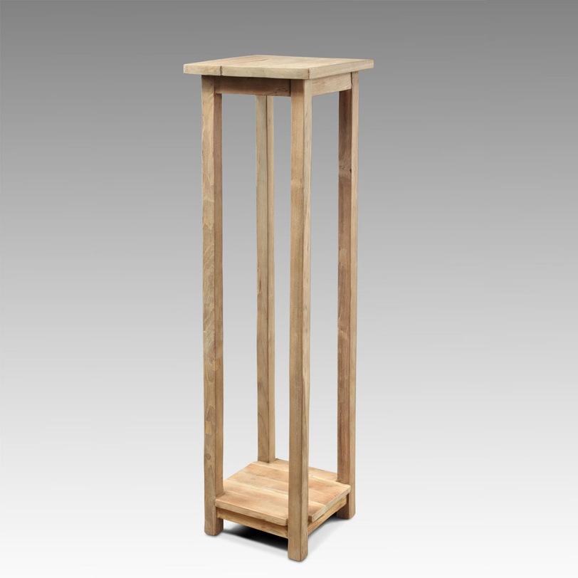 консоль JazzИнтерьерные консоли<br>Изящный консольный столик. Его устремленность вверх подчеркнет вертикальные линии в интерьере, тем самым визуально увеличит пространство.<br><br>Material: Тик<br>Width см: 35.0<br>Depth см: 35.0<br>Height см: 110.0