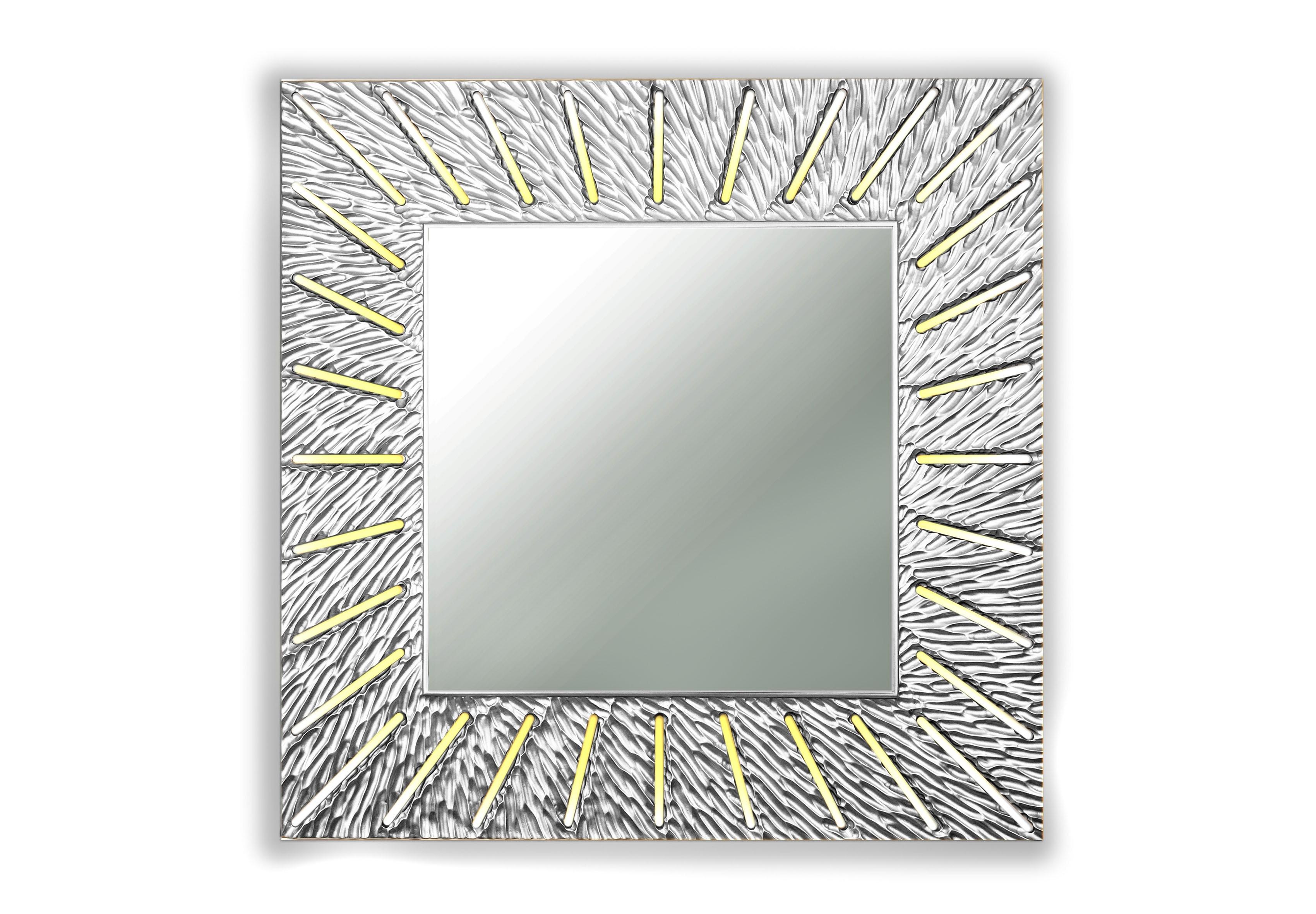 Зеркало SUNSHINEНастенные зеркала<br>С лучами солнца в дом приходят радость и веселье. <br>Распахните жизнь им навстречу, чтобы каждый день приносил удачу. <br>Символ солнца и изобилия-коллекция зеркал Sunshine согреет и осветит ваш дом.&amp;amp;nbsp;<br><br>Material: Дерево<br>Length см: None<br>Width см: 90<br>Depth см: 0,8<br>Height см: 90