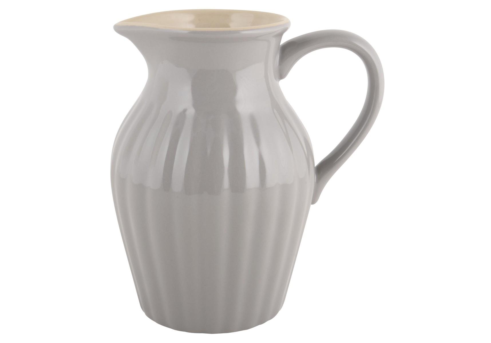 КувшинКувшины и графины<br>Каменная керамика, цвет французский серый. Можно использовать в микроволновой печи, посудомоечной машине и в духовке<br><br>Material: Керамика<br>Width см: 19<br>Depth см: 14<br>Height см: 21